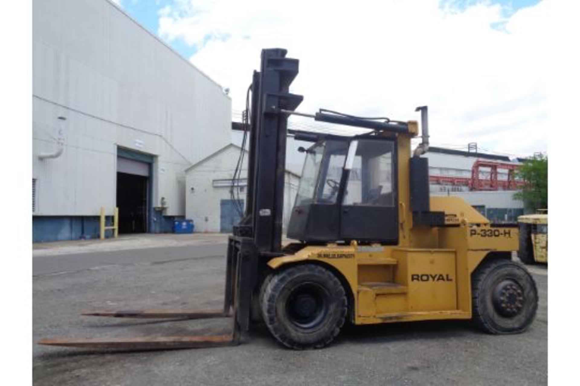 1998 Royal P330H 36,000lb Forklift - Image 4 of 19
