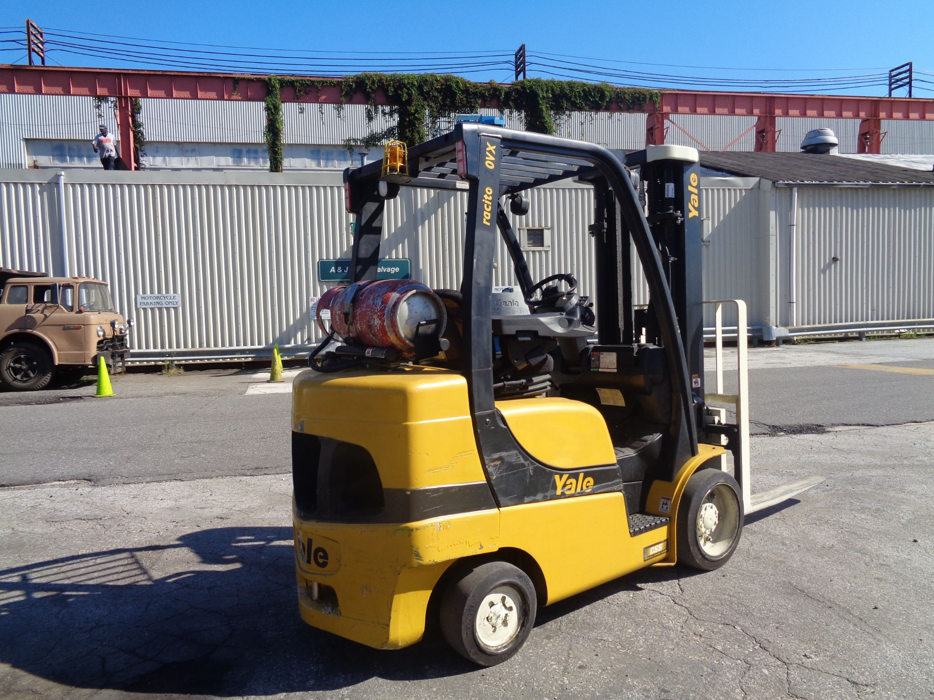 2014 Yale GLC070VXNGSE088 7,000 lbs Forklift - Image 4 of 12