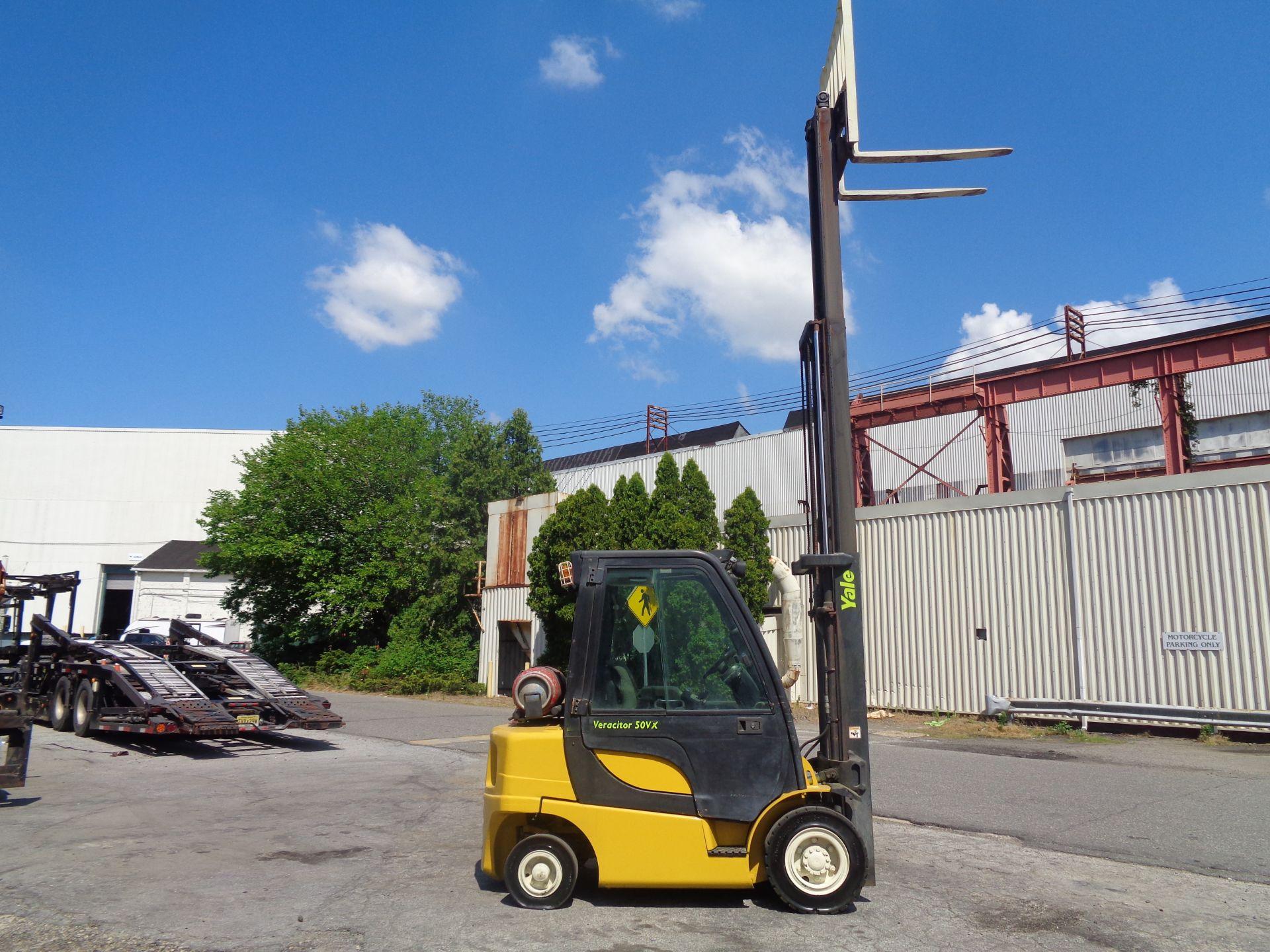 Yale GLP05VXEUSE086 5000 lb Forklift - Image 7 of 14