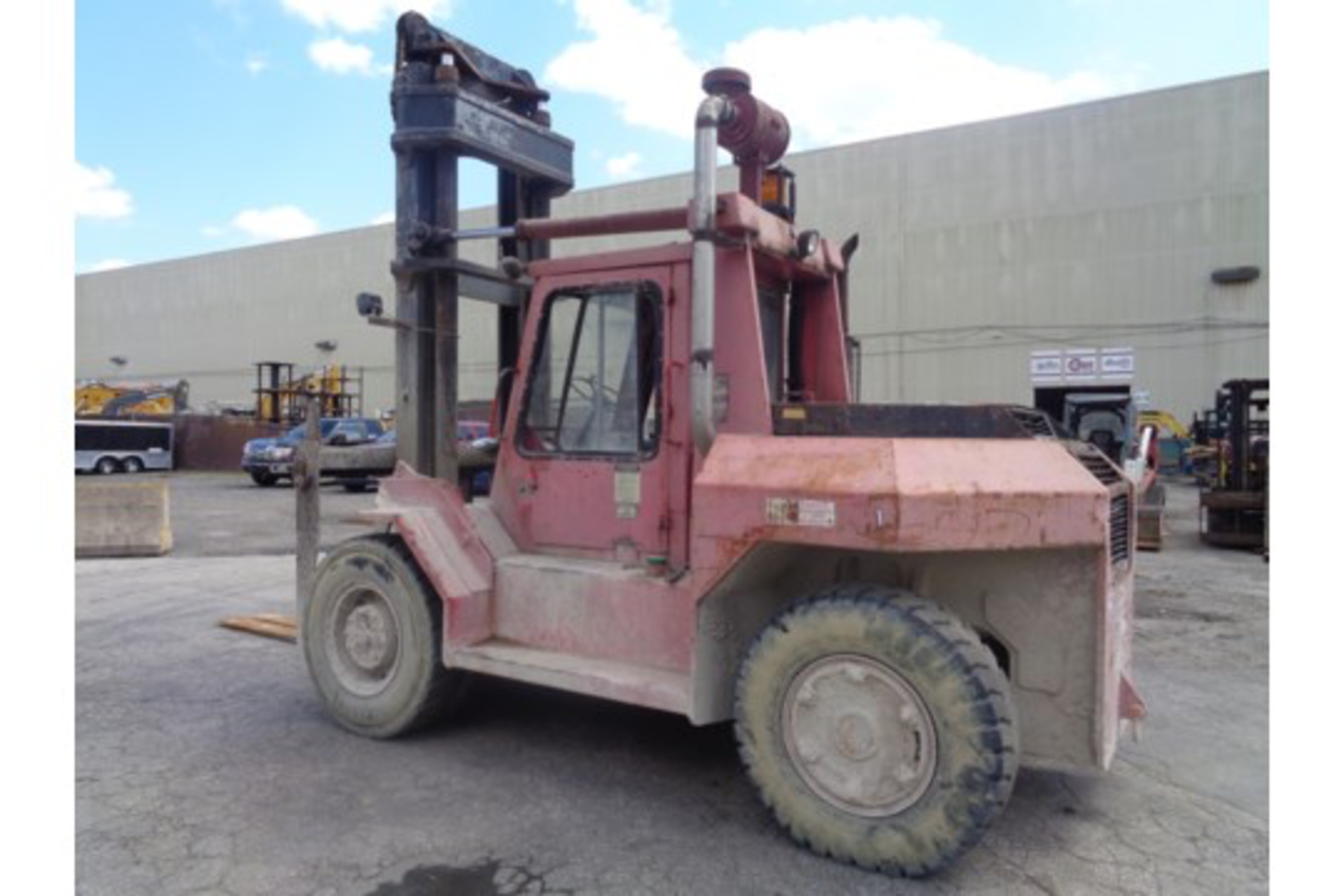 Taylor TE200S 20,000lb Forklift - Image 5 of 10