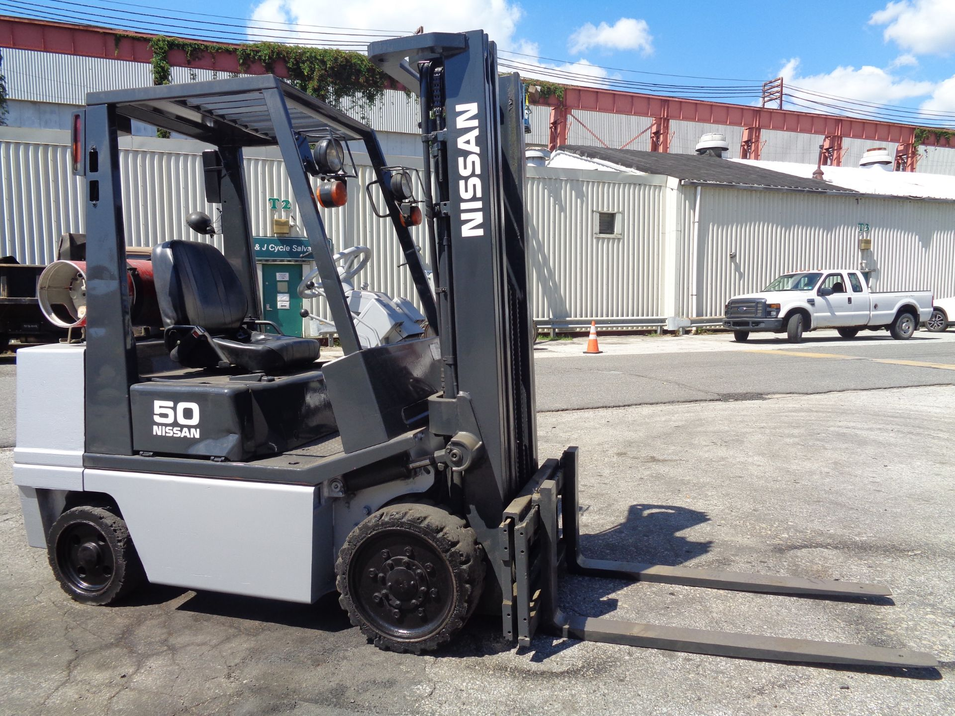 Nissan KCPH02A25PV 4,400 lb Forklift - Image 9 of 17