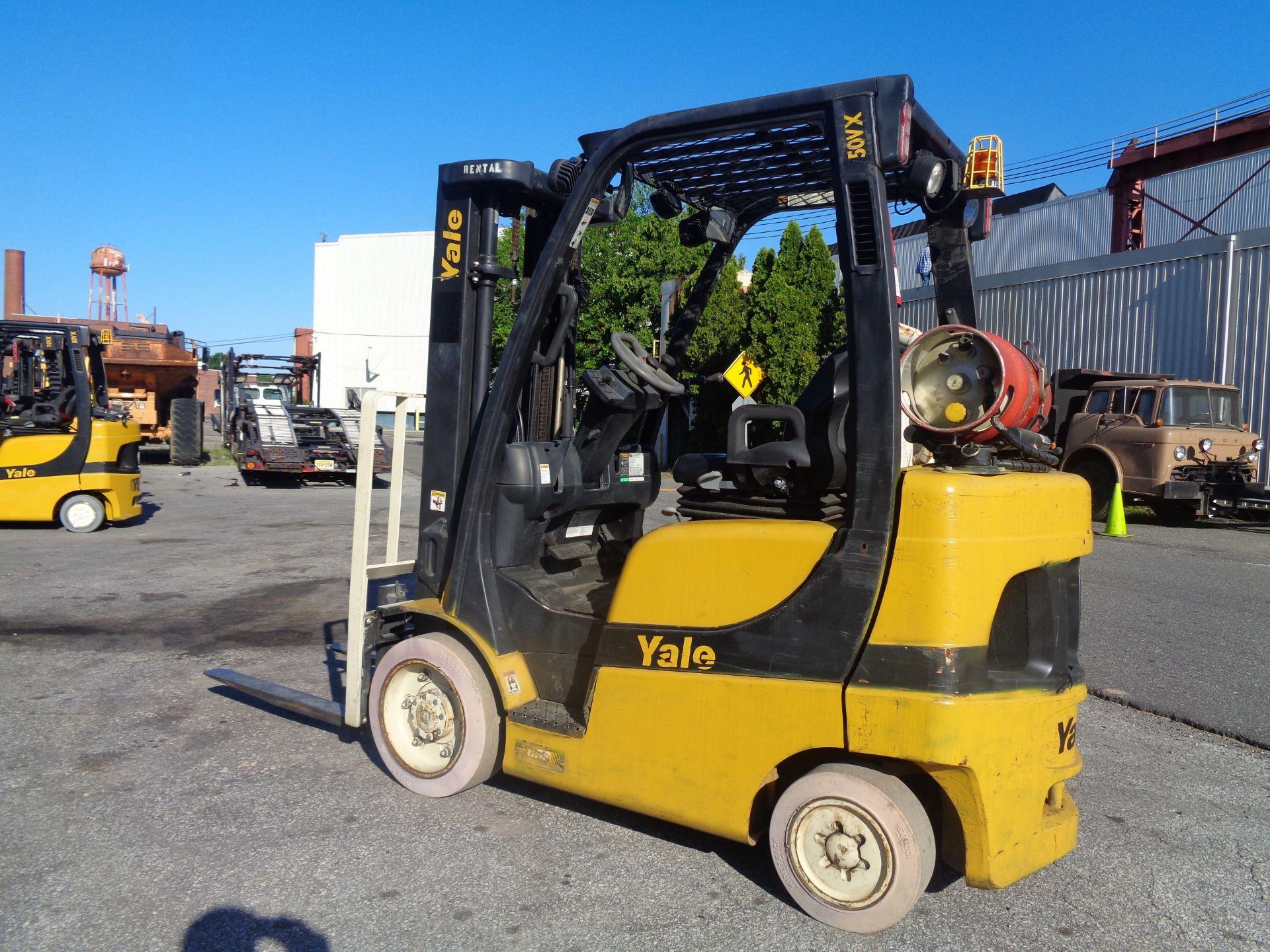 2014 Yale GLC050VXNVRE088 5,000 lb Forklift - Image 9 of 11