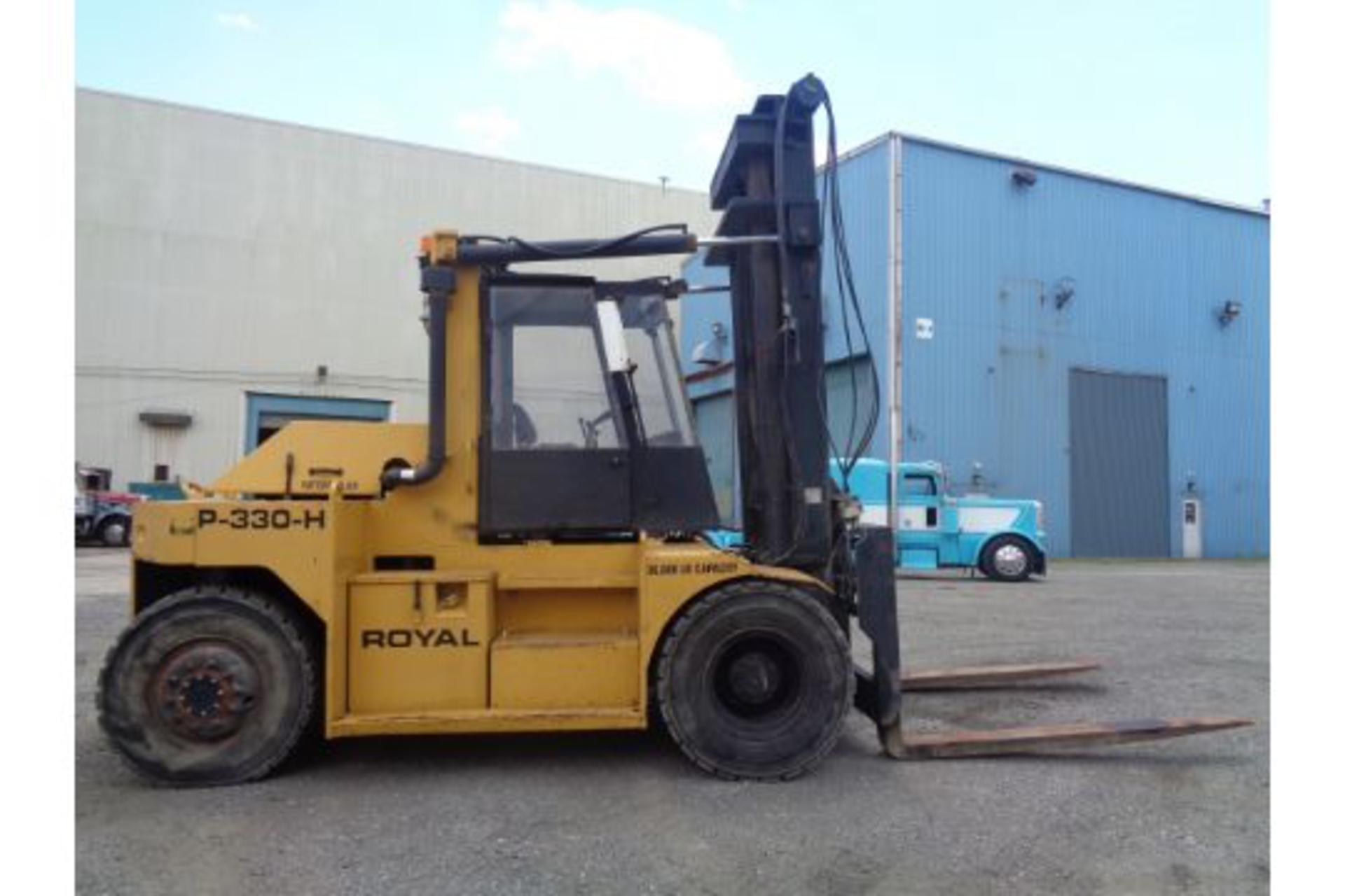 1998 Royal P330H 36,000lb Forklift - Image 8 of 19