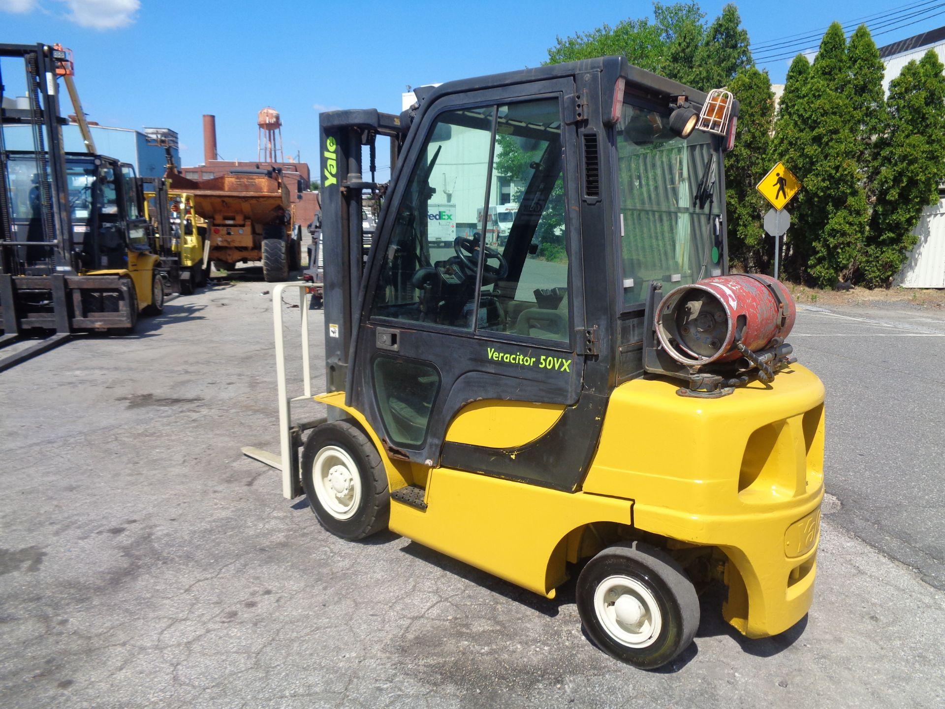 Yale GLP05VXEUSE086 5000 lb Forklift - Image 11 of 14