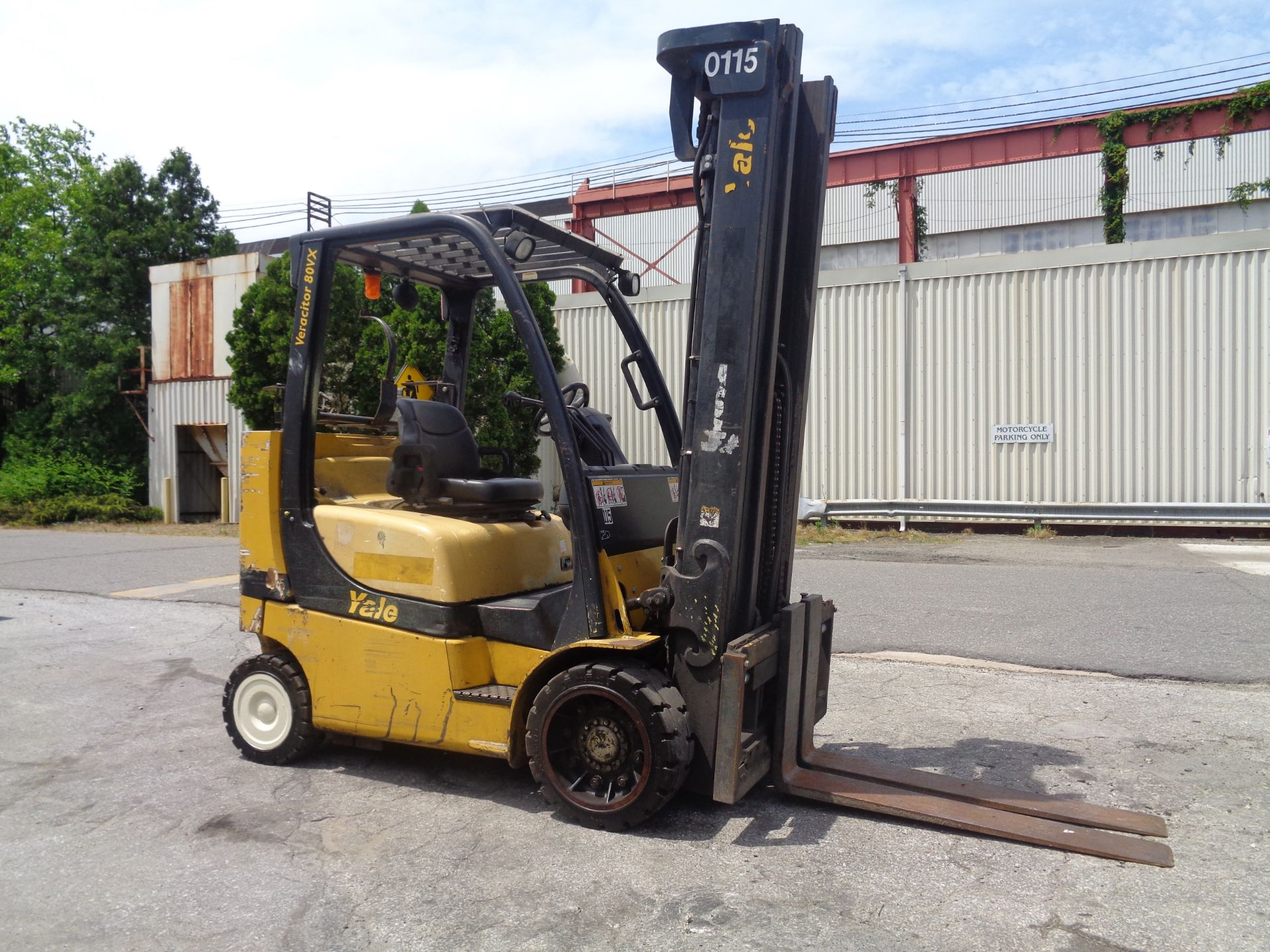 Yale GC080VXNGSE107.6 8,000lb Forklift - Image 4 of 18