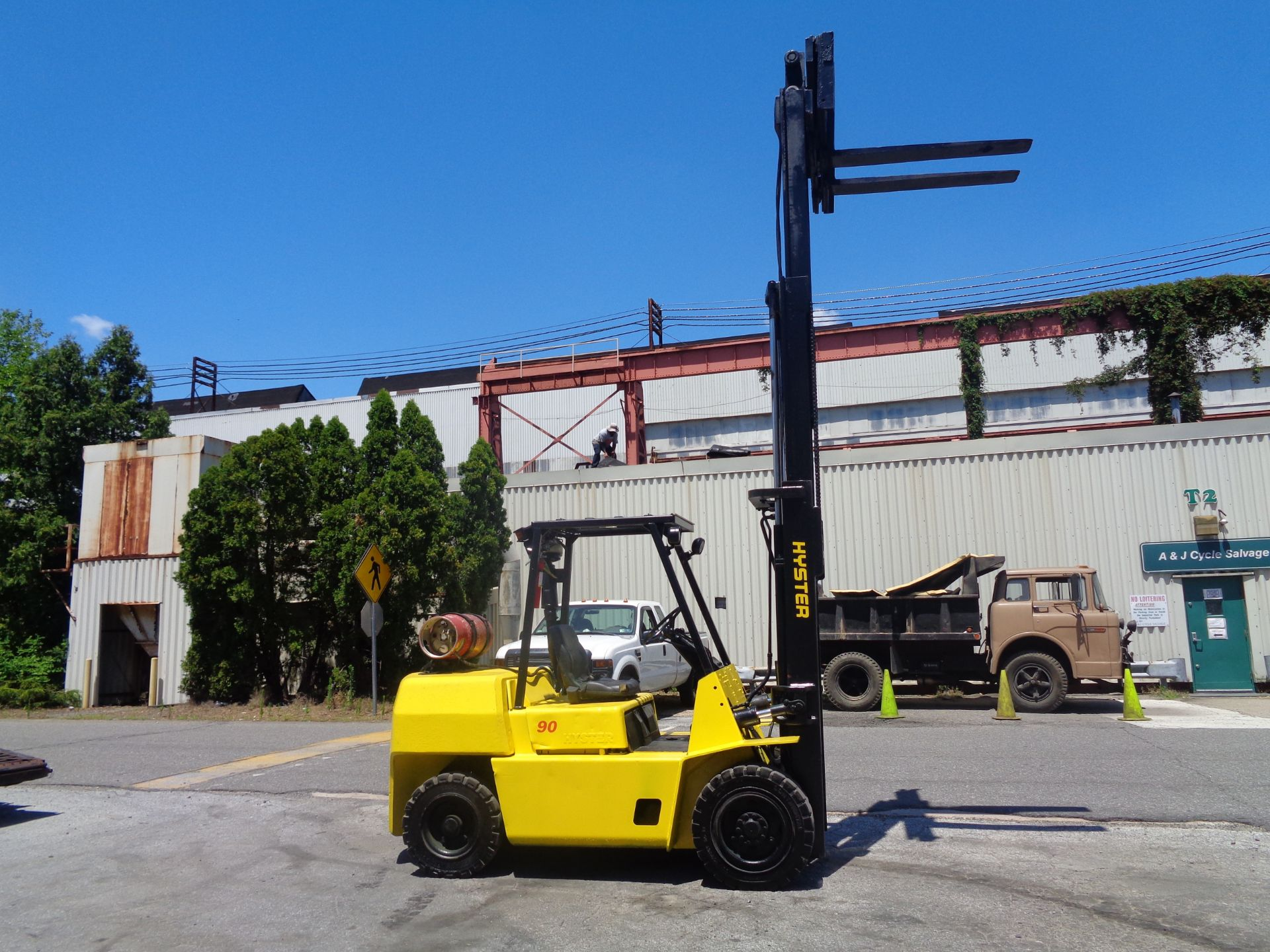 Hyster H90XLS Forklift 9,000 lbs - Image 11 of 13
