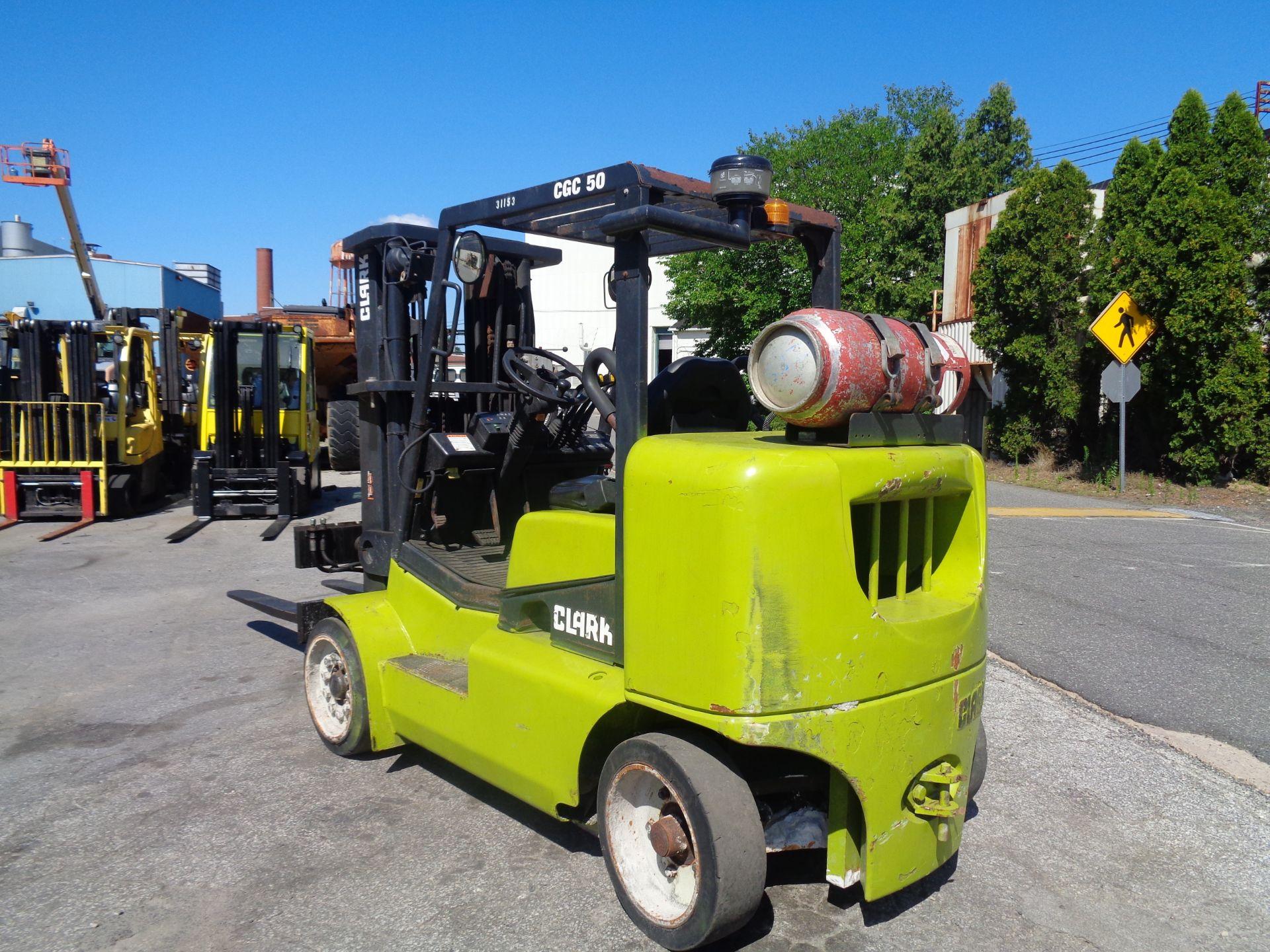 2014 Clark CGC500 10,000 lb Forklift - Image 3 of 12