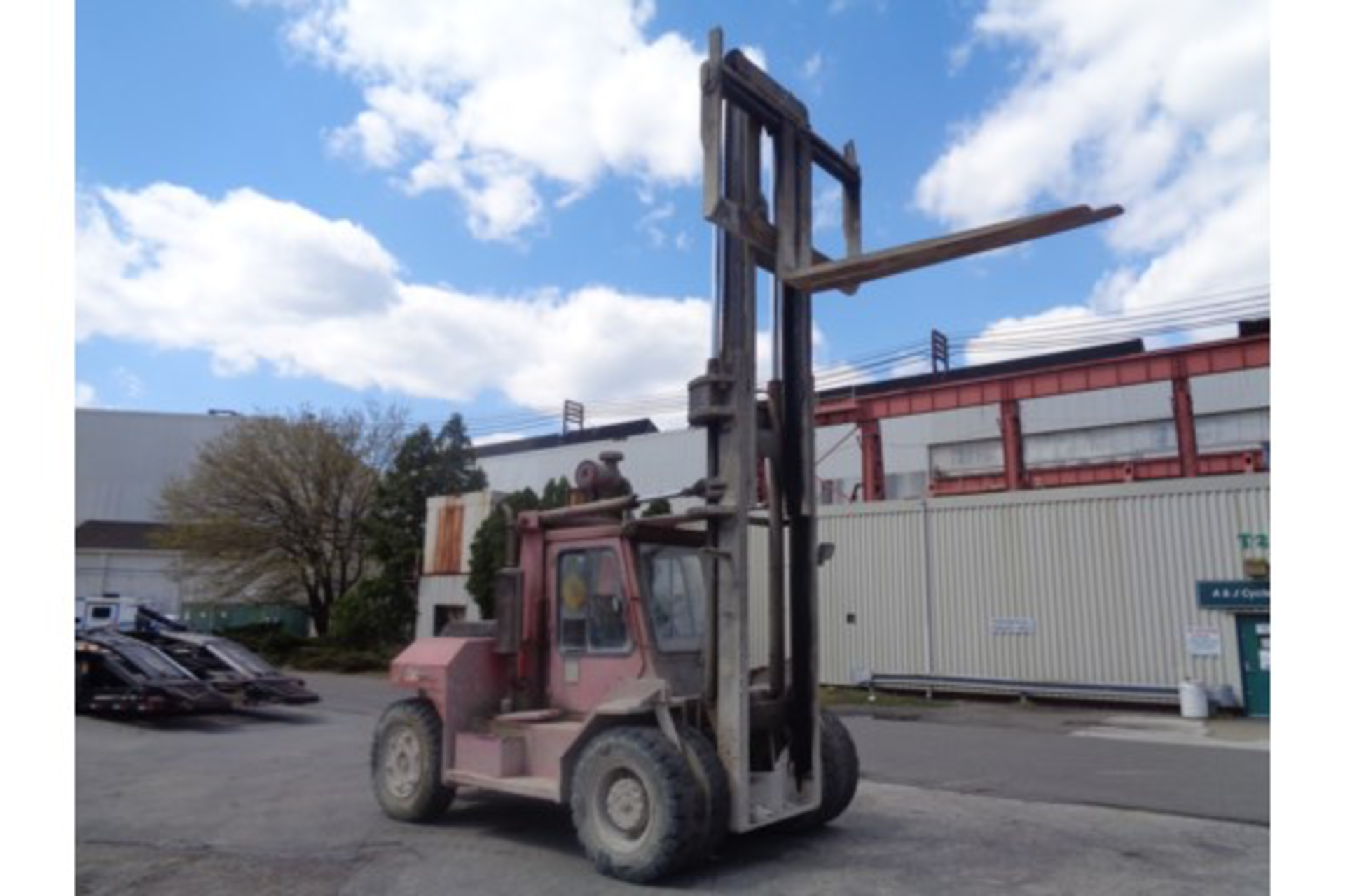 Taylor TE200S 20,000lb Forklift - Image 7 of 10