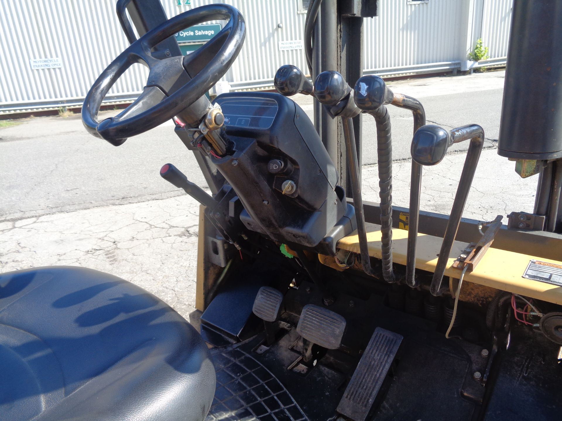 Caterpillar GC55KSTR 11,000lb Forklift - Image 12 of 14