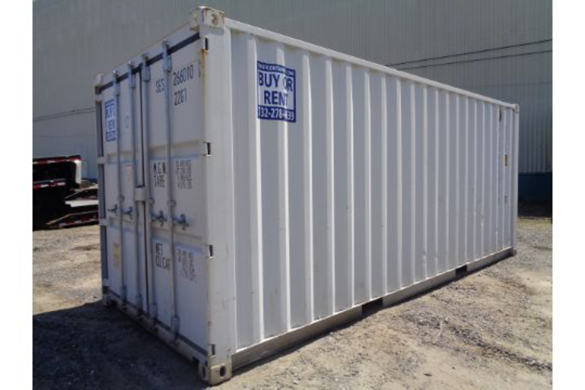 Lot 33 - 20ft Shipping Container