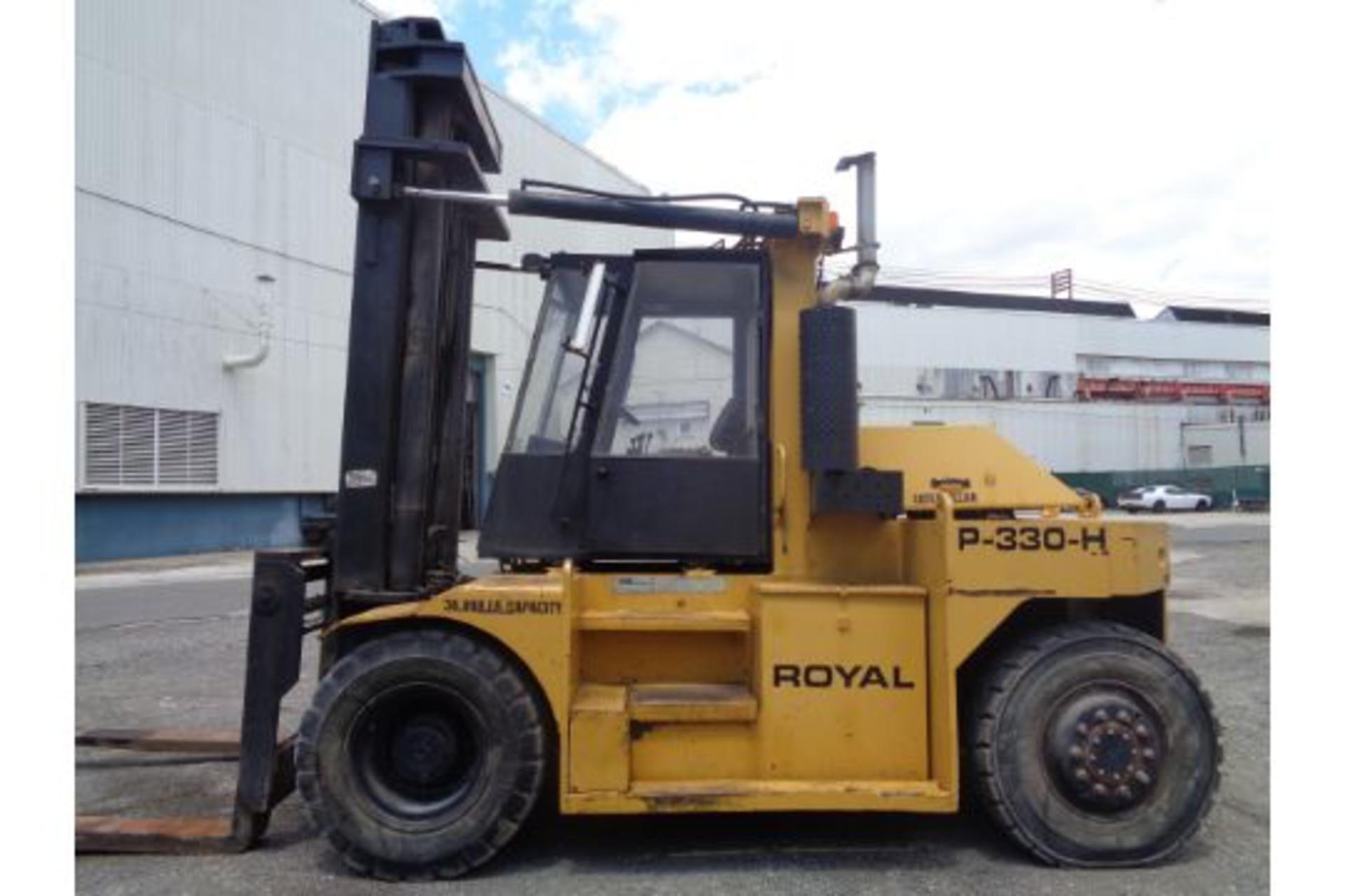 1998 Royal P330H 36,000lb Forklift - Image 2 of 19
