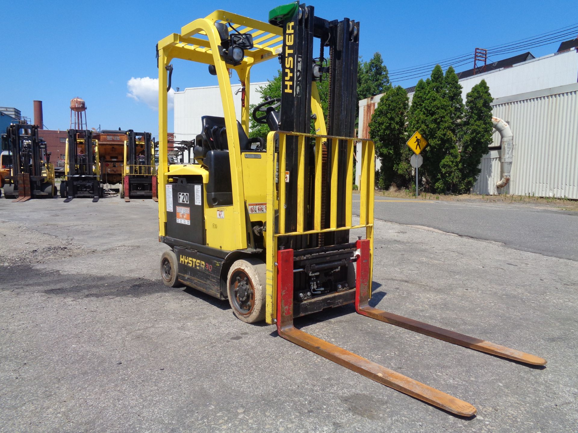 2016 Hyster E30XN 3,000lb Forklift - Image 5 of 18