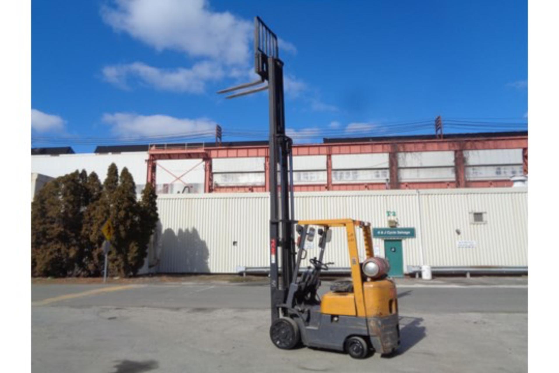 TCM FCG15F9 3,000lb Forklift - Image 13 of 16