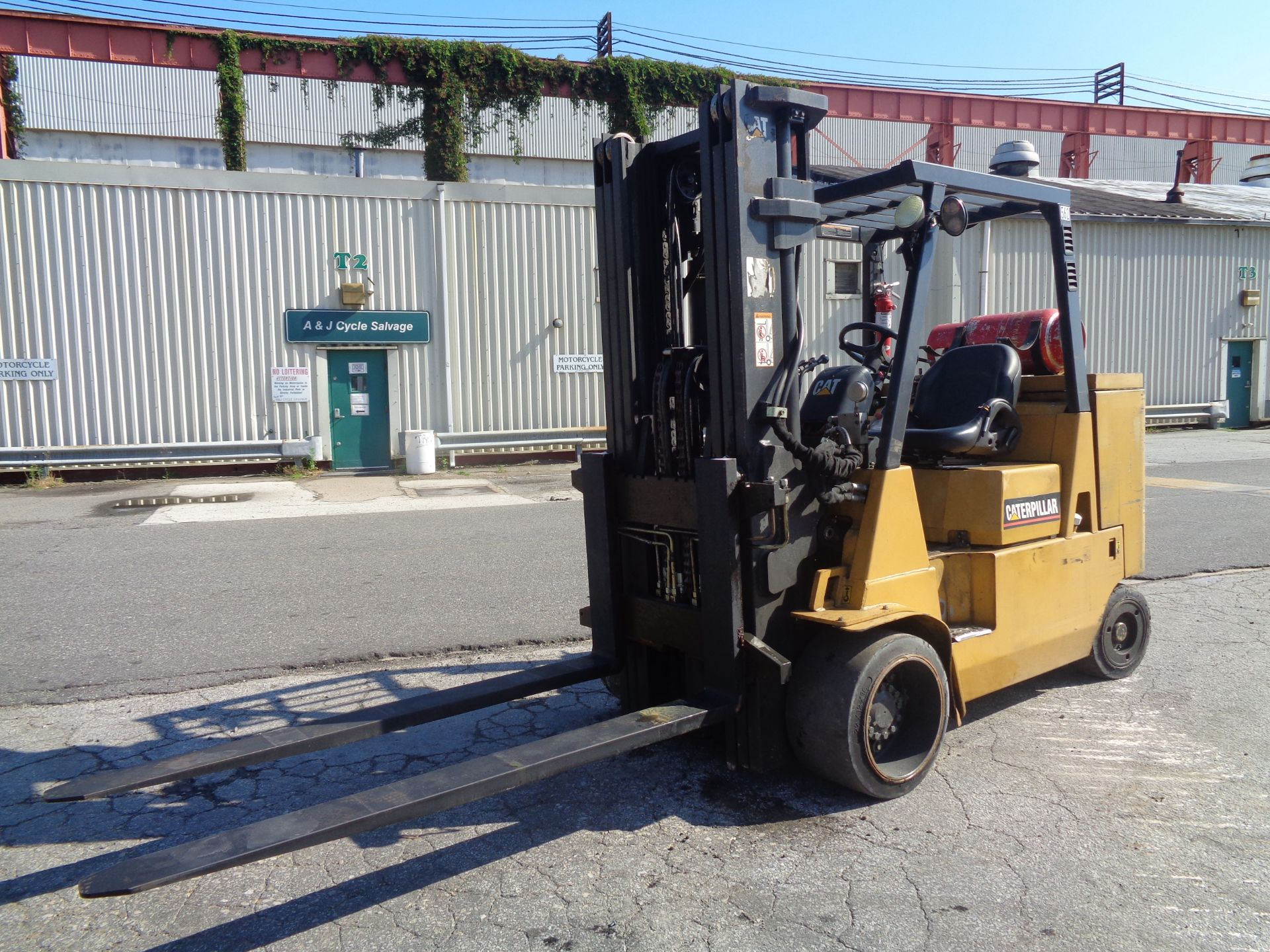 Caterpillar GC55KSTR 11,000lb Forklift - Image 2 of 14