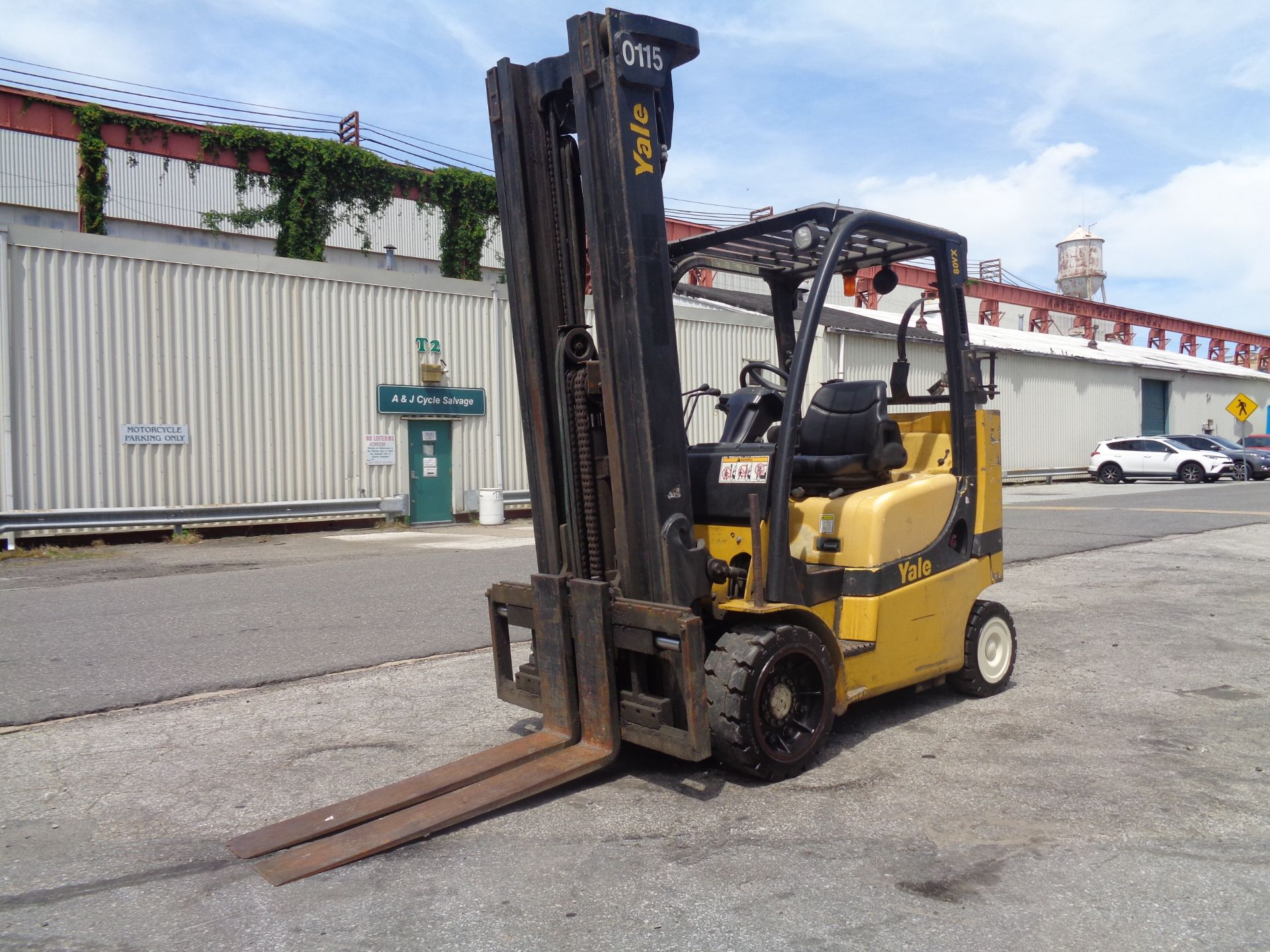Yale GC080VXNGSE107.6 8,000lb Forklift - Image 8 of 18