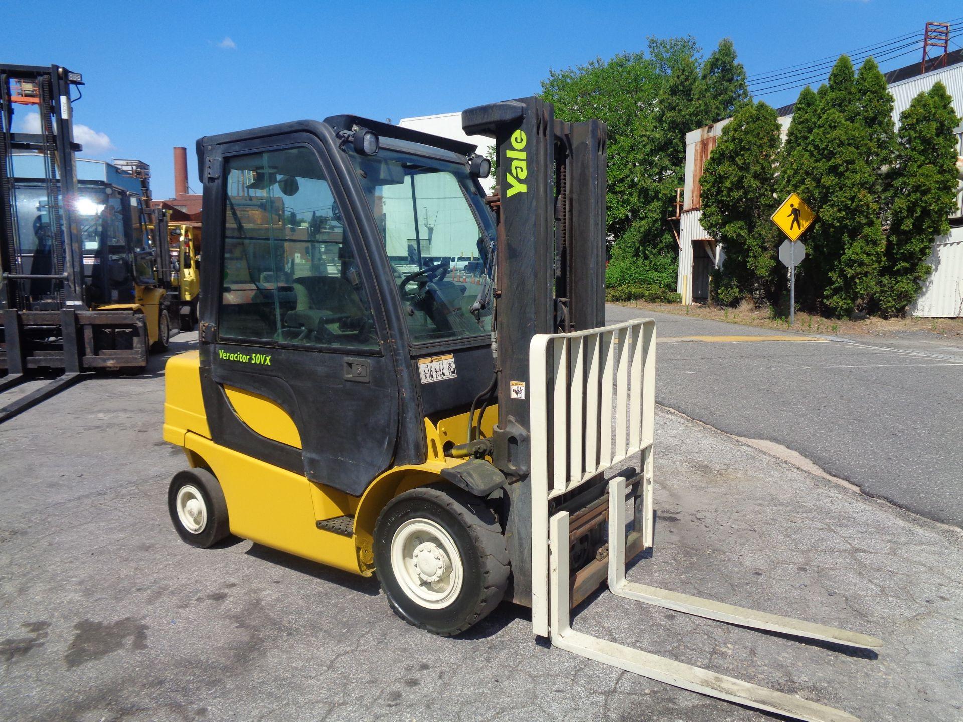 Yale GLP05VXEUSE086 5000 lb Forklift - Image 2 of 14