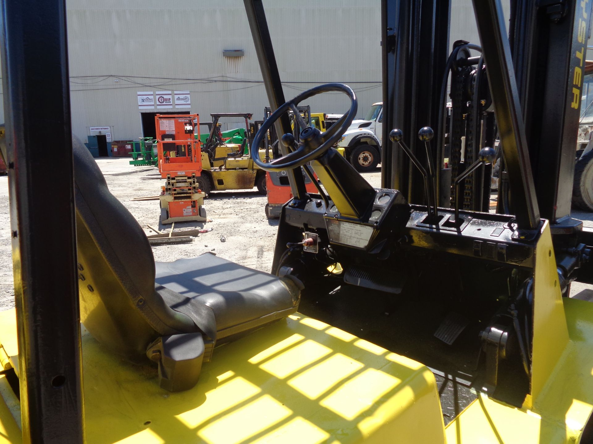 Hyster H90XLS Forklift 9,000 lbs - Image 5 of 13