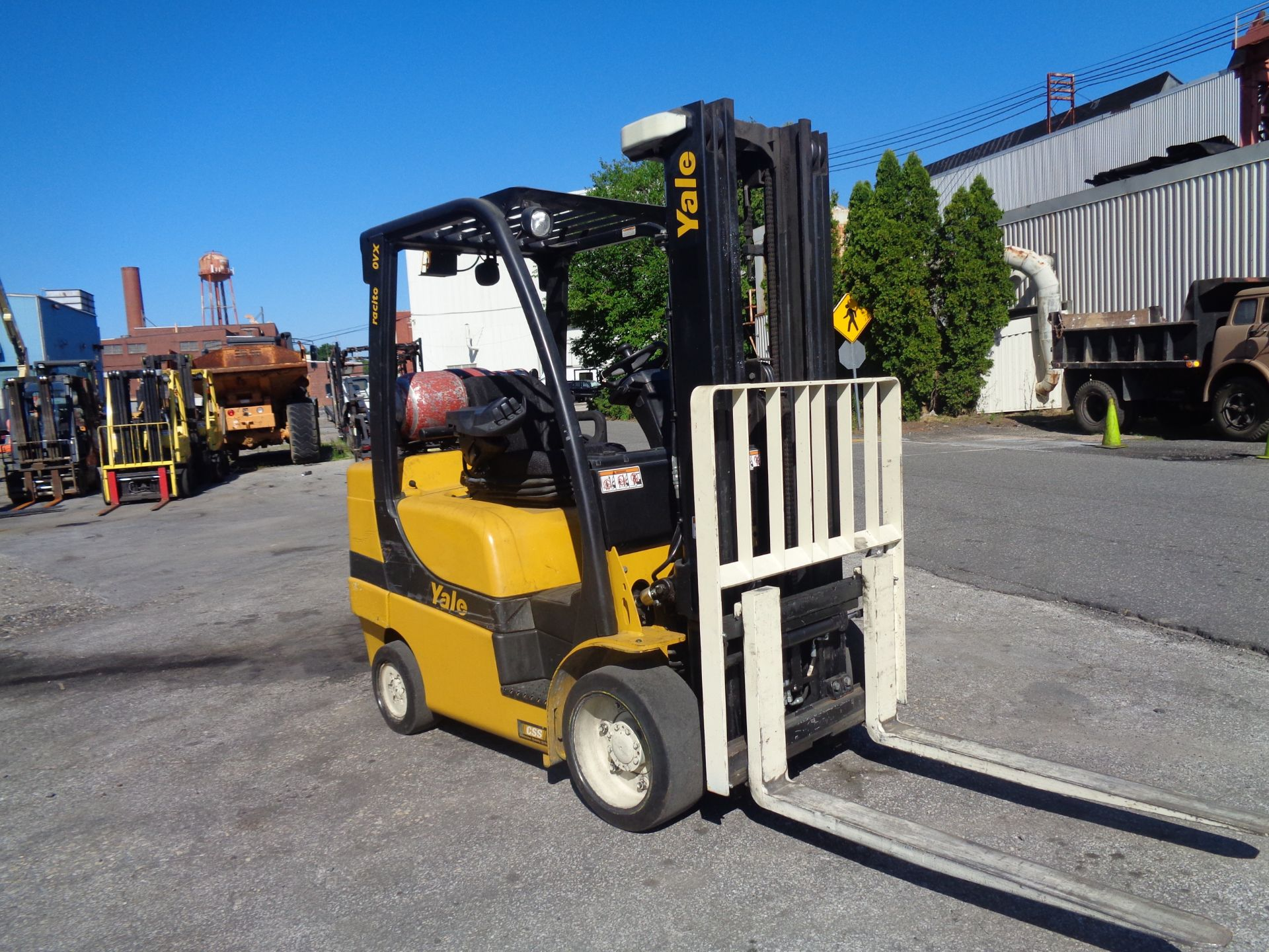 2014 Yale GLC070VXNGSE088 7,000 lbs Forklift - Image 3 of 12