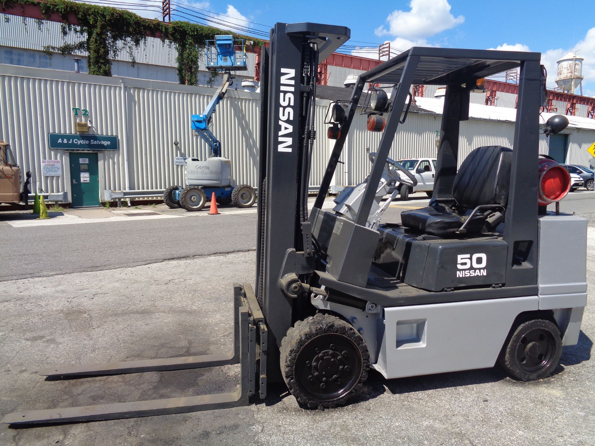 Nissan KCPH02A25PV 4,400 lb Forklift - Image 3 of 17