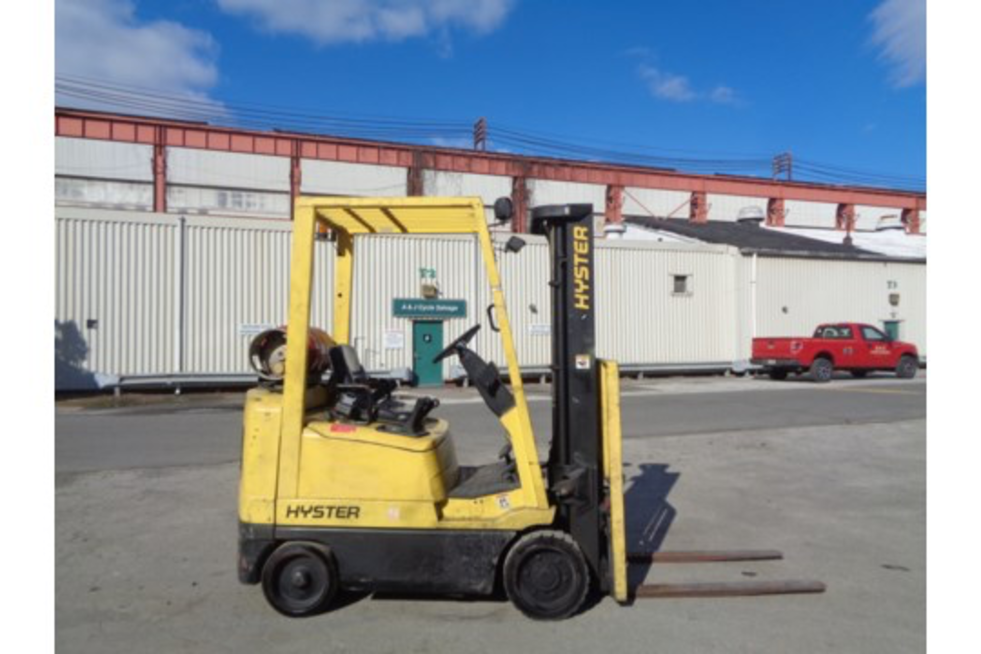Hyster S35XM 3,500lb Forklift