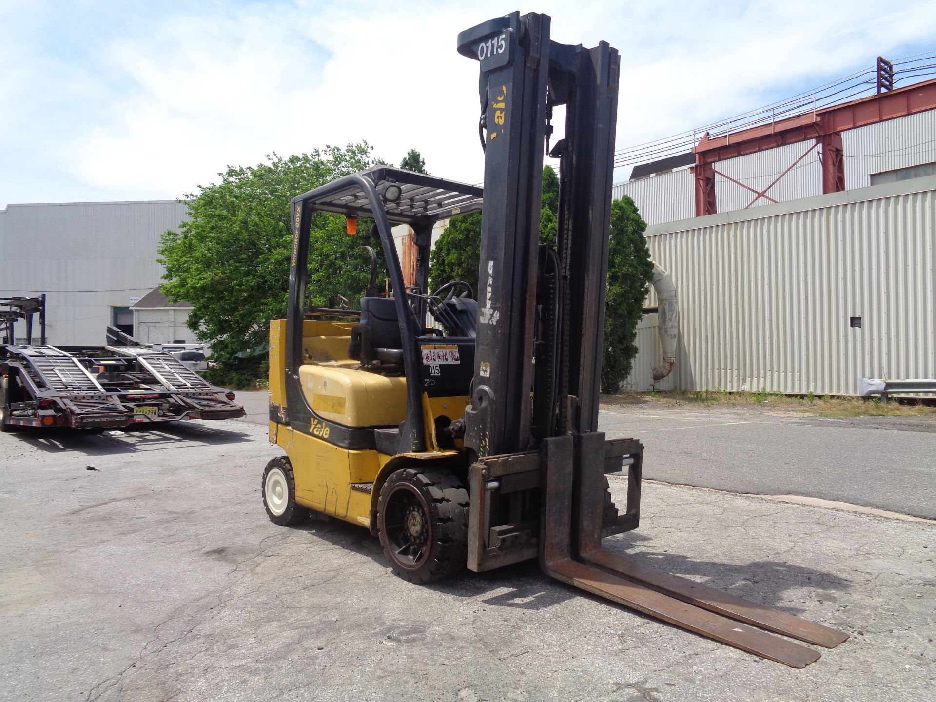 Yale GC080VXNGSE107.6 8,000lb Forklift - Image 6 of 18