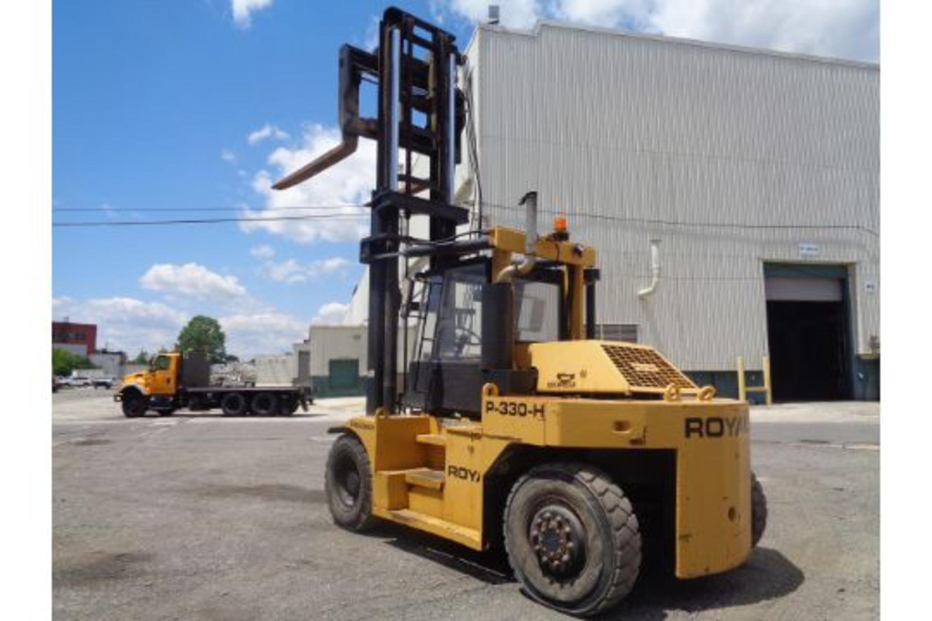 1998 Royal P330H 36,000lb Forklift - Image 16 of 19
