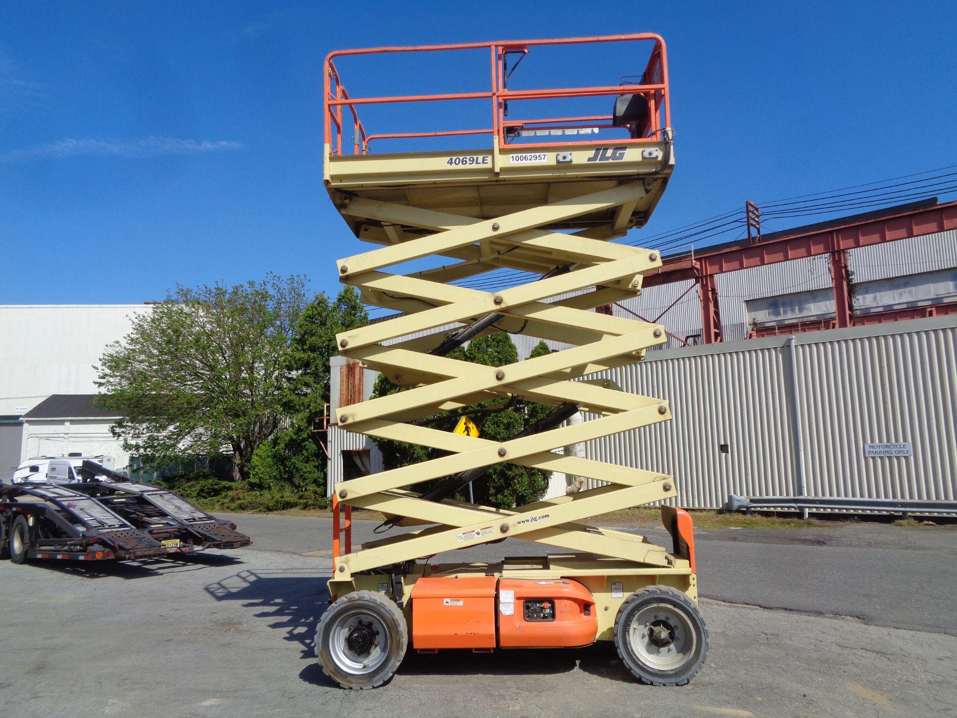 2012 JLG 4069LE 40 ft Electric Scissor Lift - Image 10 of 18