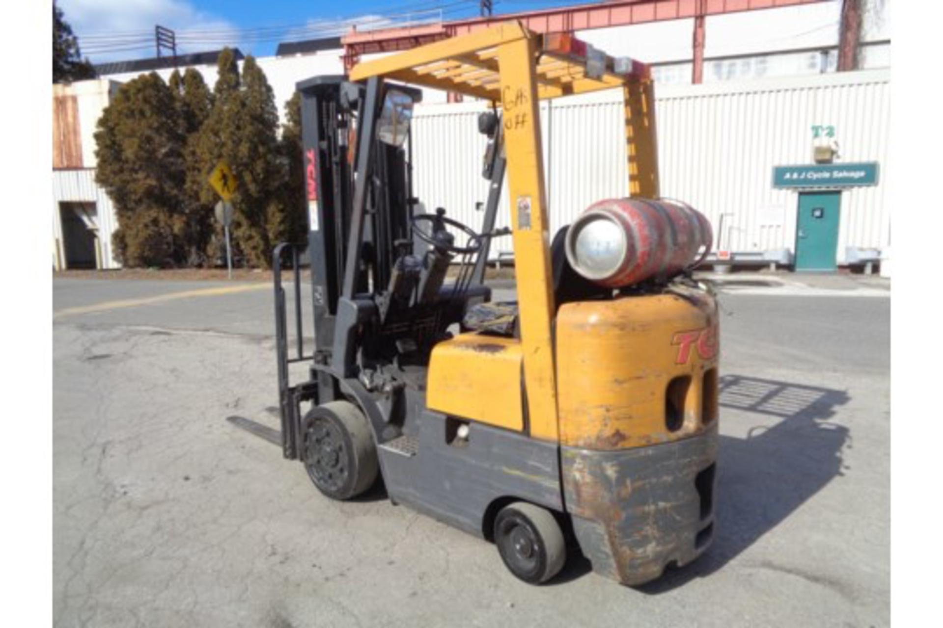 TCM FCG15F9 3,000lb Forklift - Image 8 of 16
