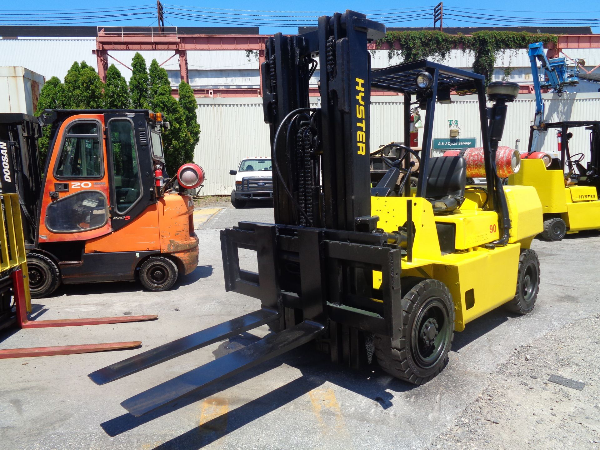 Hyster H90XLS Forklift 9,000 lbs - Image 3 of 13