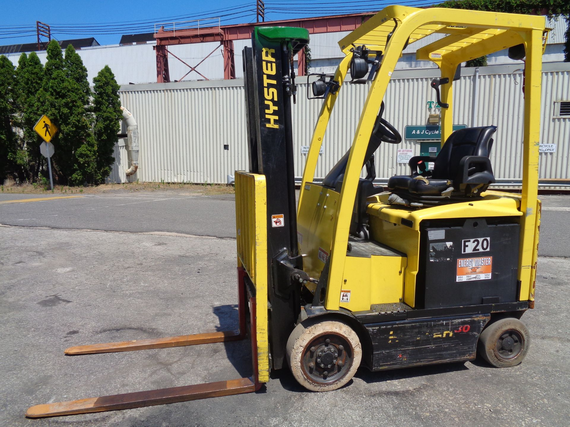 2016 Hyster E30XN 3,000lb Forklift - Image 8 of 18