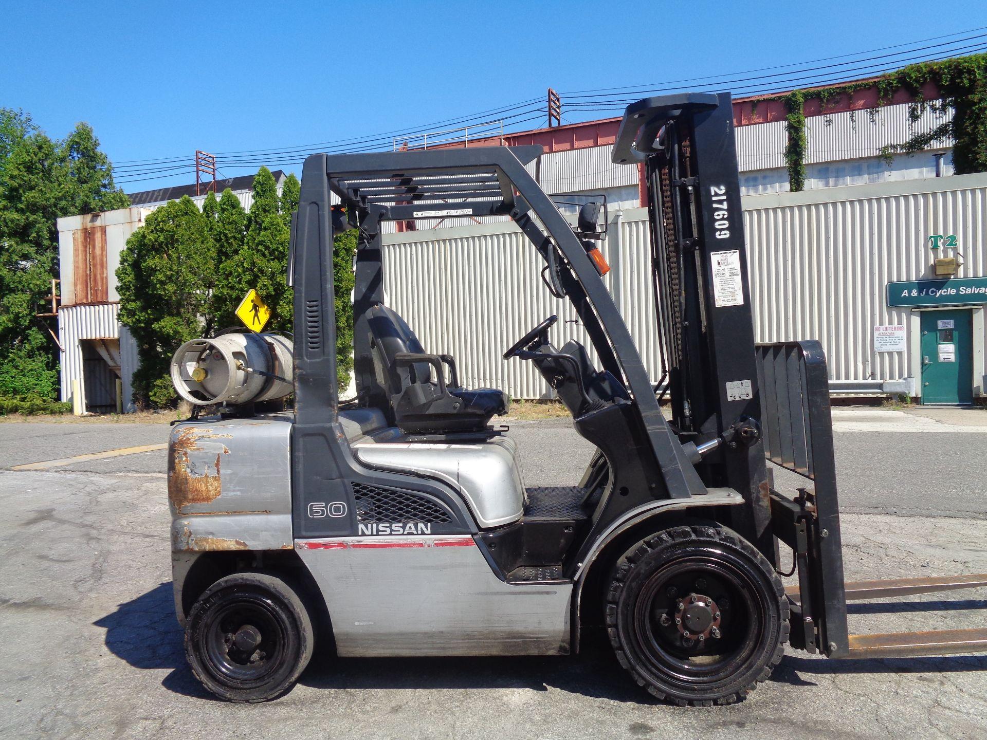 Nissan MUG1F2A30LV 6,000 lbs Forklift