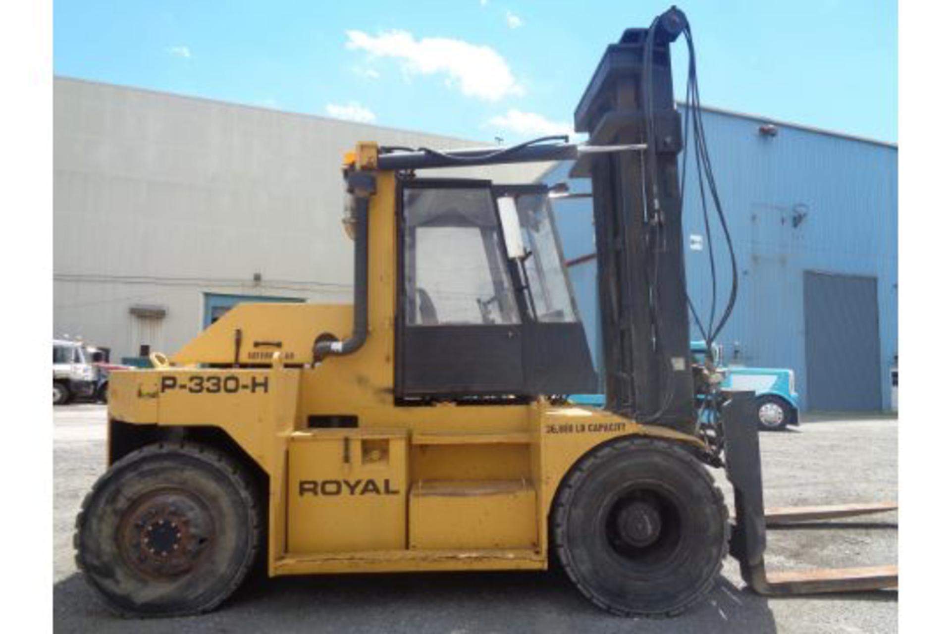1998 Royal P330H 36,000lb Forklift - Image 9 of 19