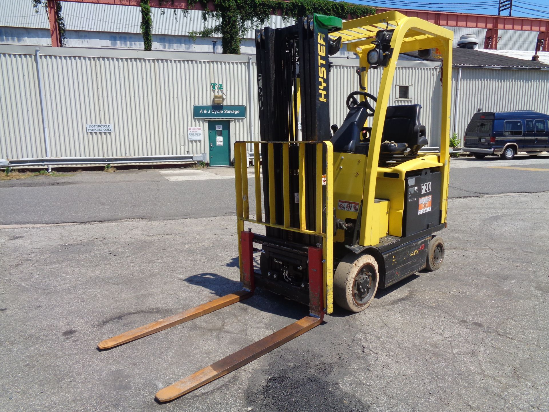 2016 Hyster E30XN 3,000lb Forklift - Image 7 of 18