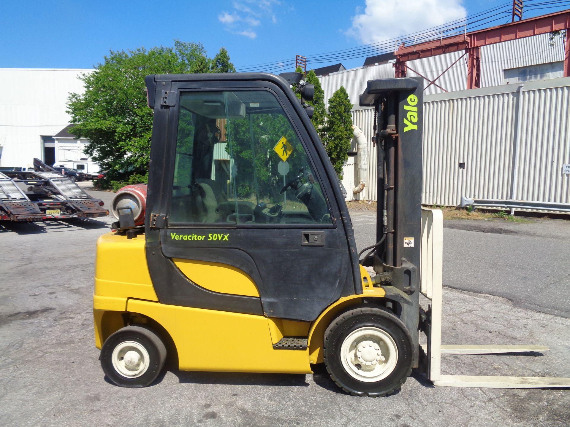 Yale GLP05VXEUSE086 5000 lb Forklift - Image 3 of 14