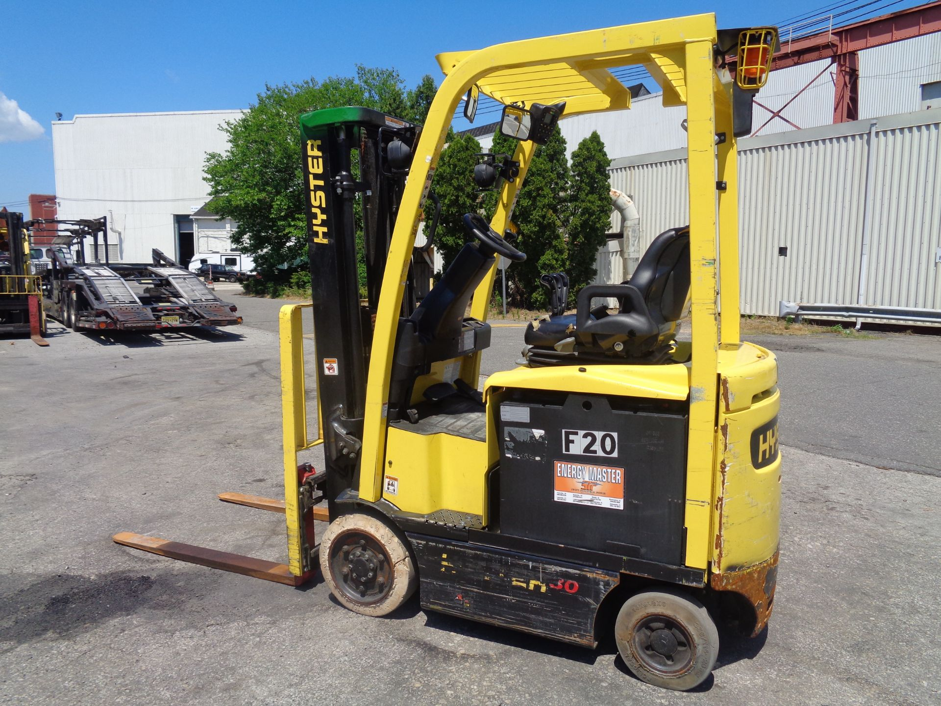 2016 Hyster E30XN 3,000lb Forklift - Image 9 of 18