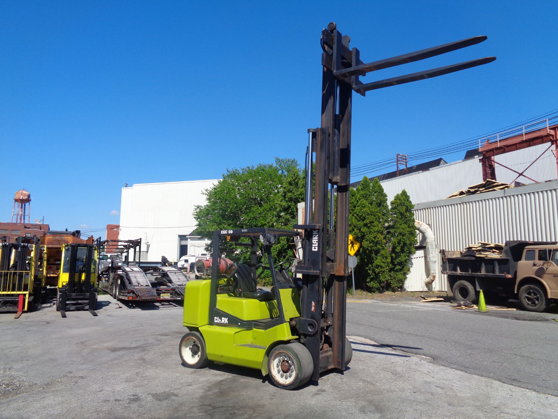 2014 Clark CGC500 10,000 lb Forklift - Image 10 of 12