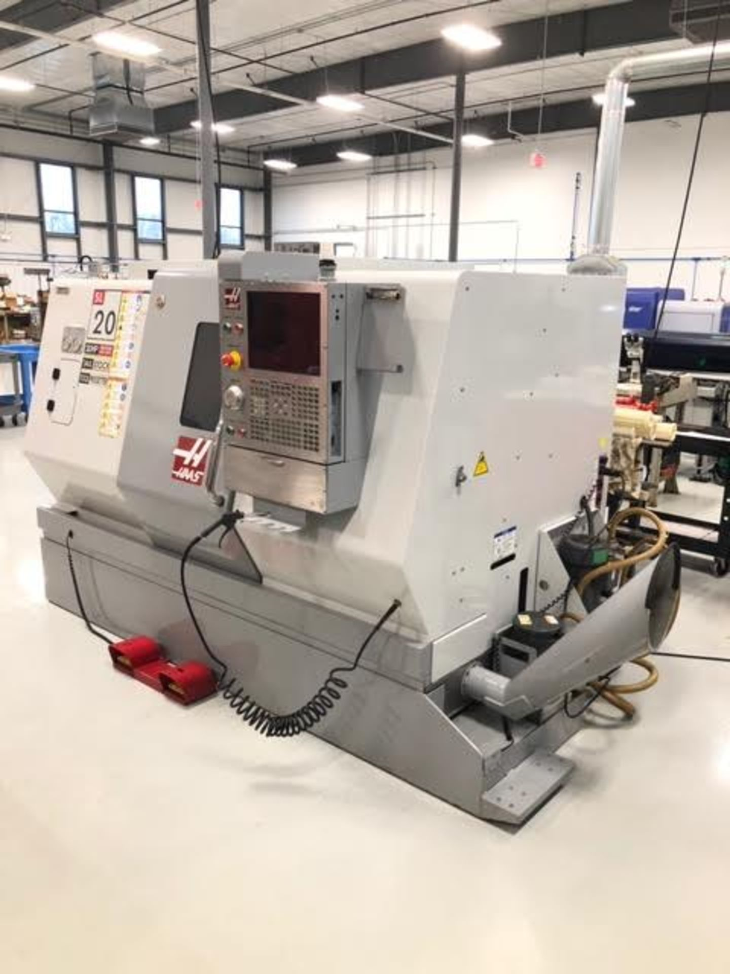 Lot 25 - 2009 Haas SL-20T CNC Lathe Milling