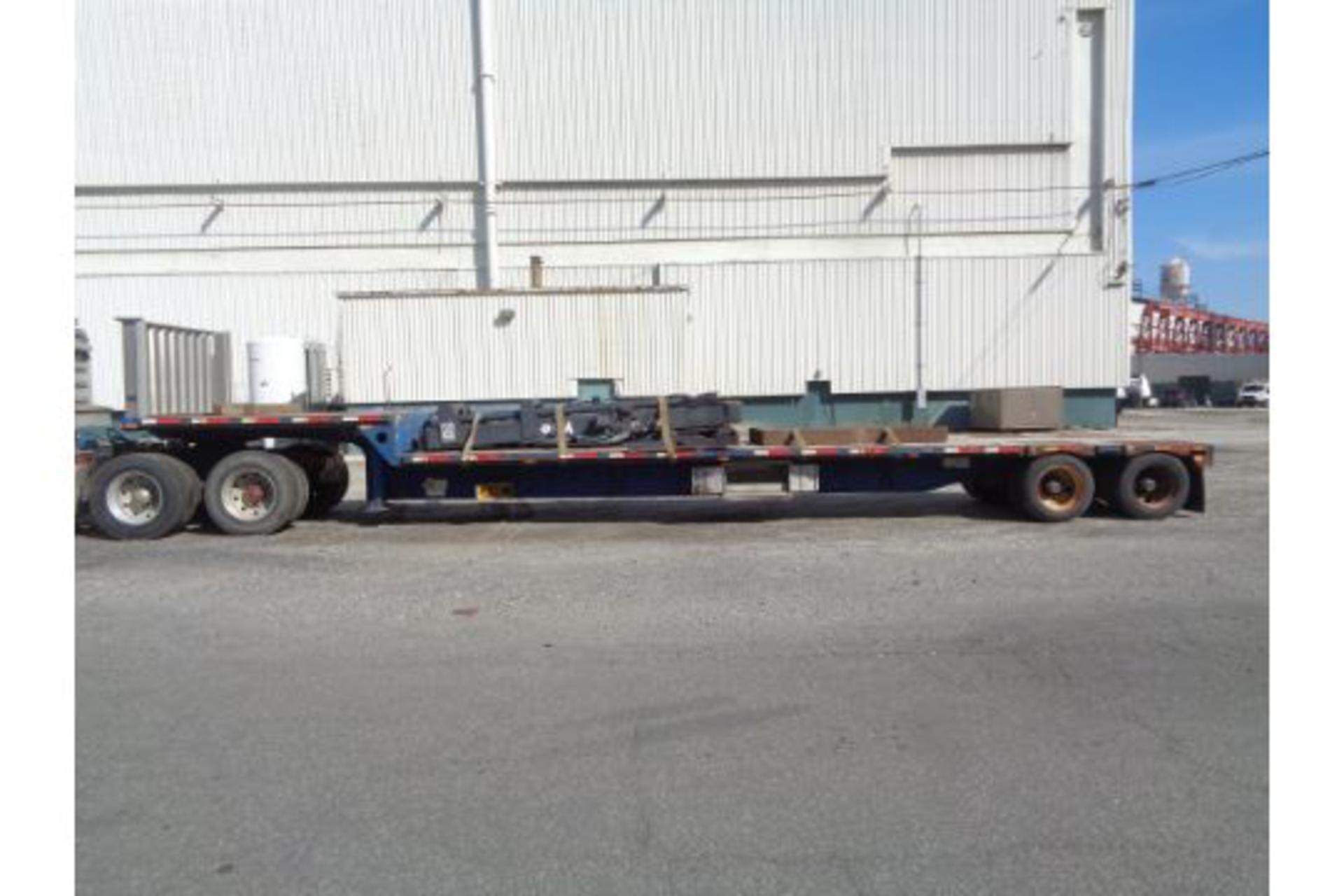 Lot 28 - 2008 Transcraft DS-800 FZ Step Deck Flat Bed Equipment Trailer