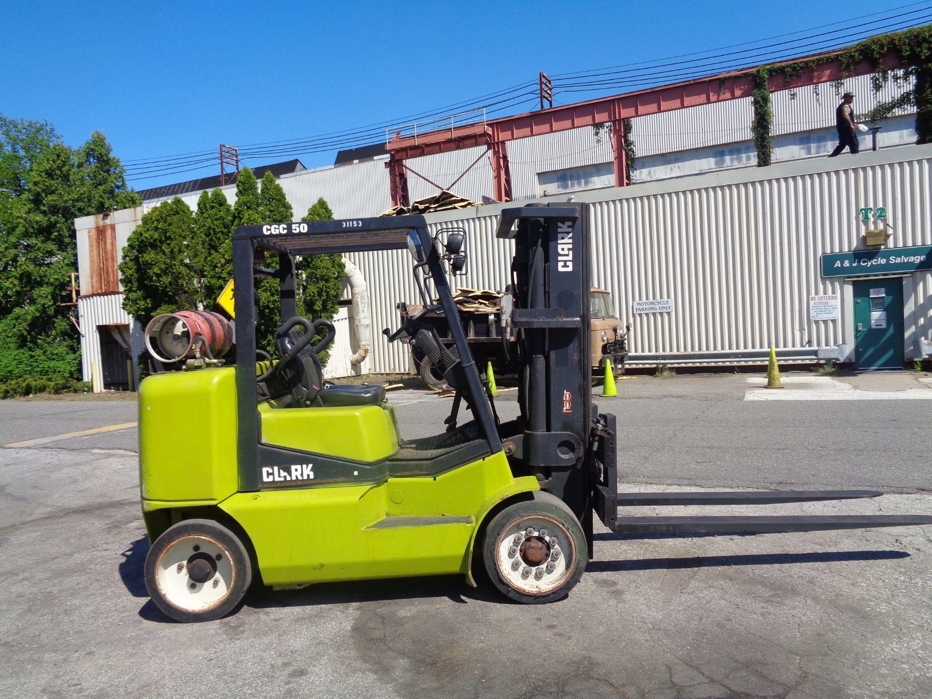2014 Clark CGC500 10,000 lb Forklift - Image 6 of 12