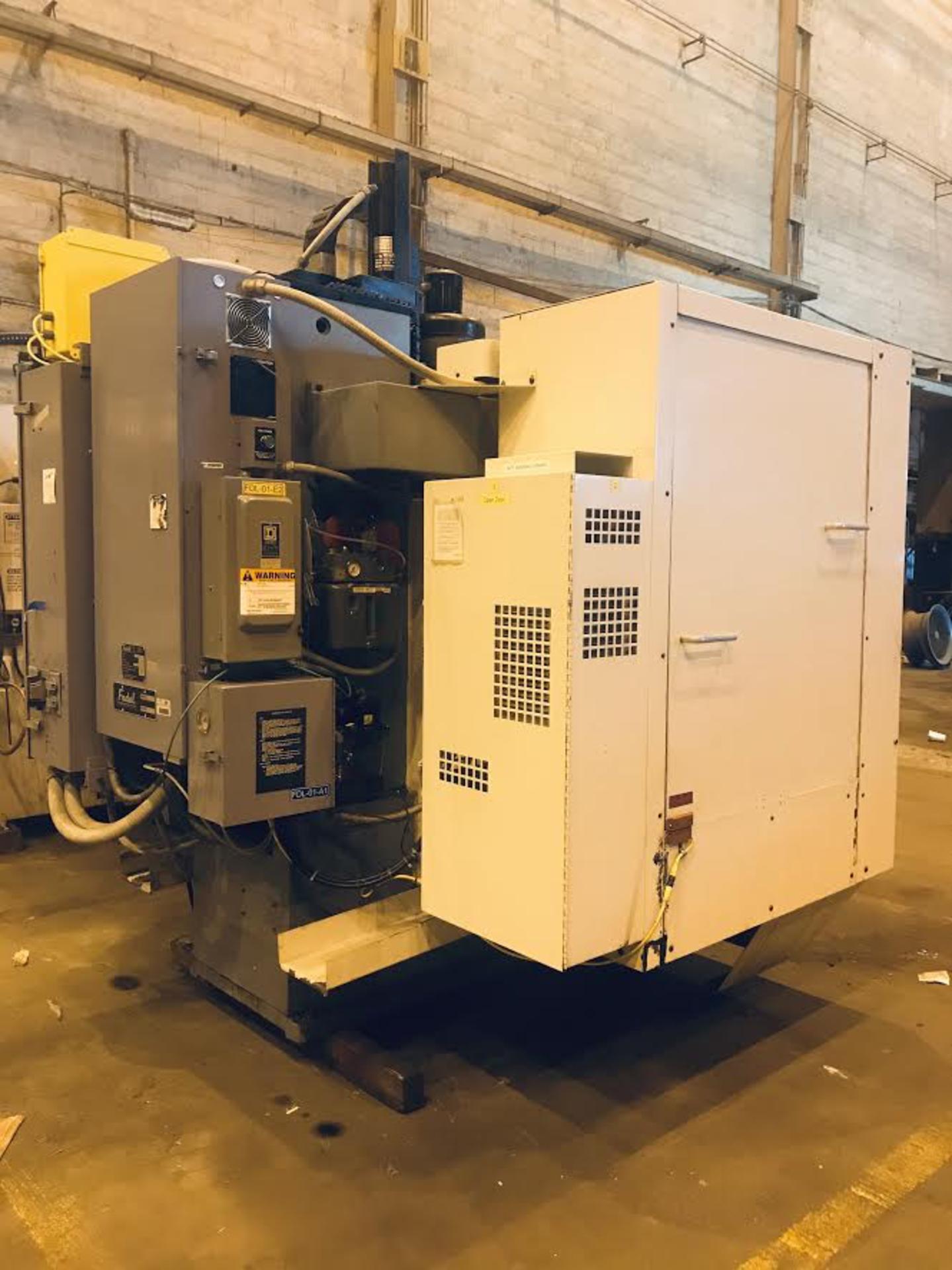 Lot 21 - Fadal 904-L VMC 40 CNC Vertical Milling Machine