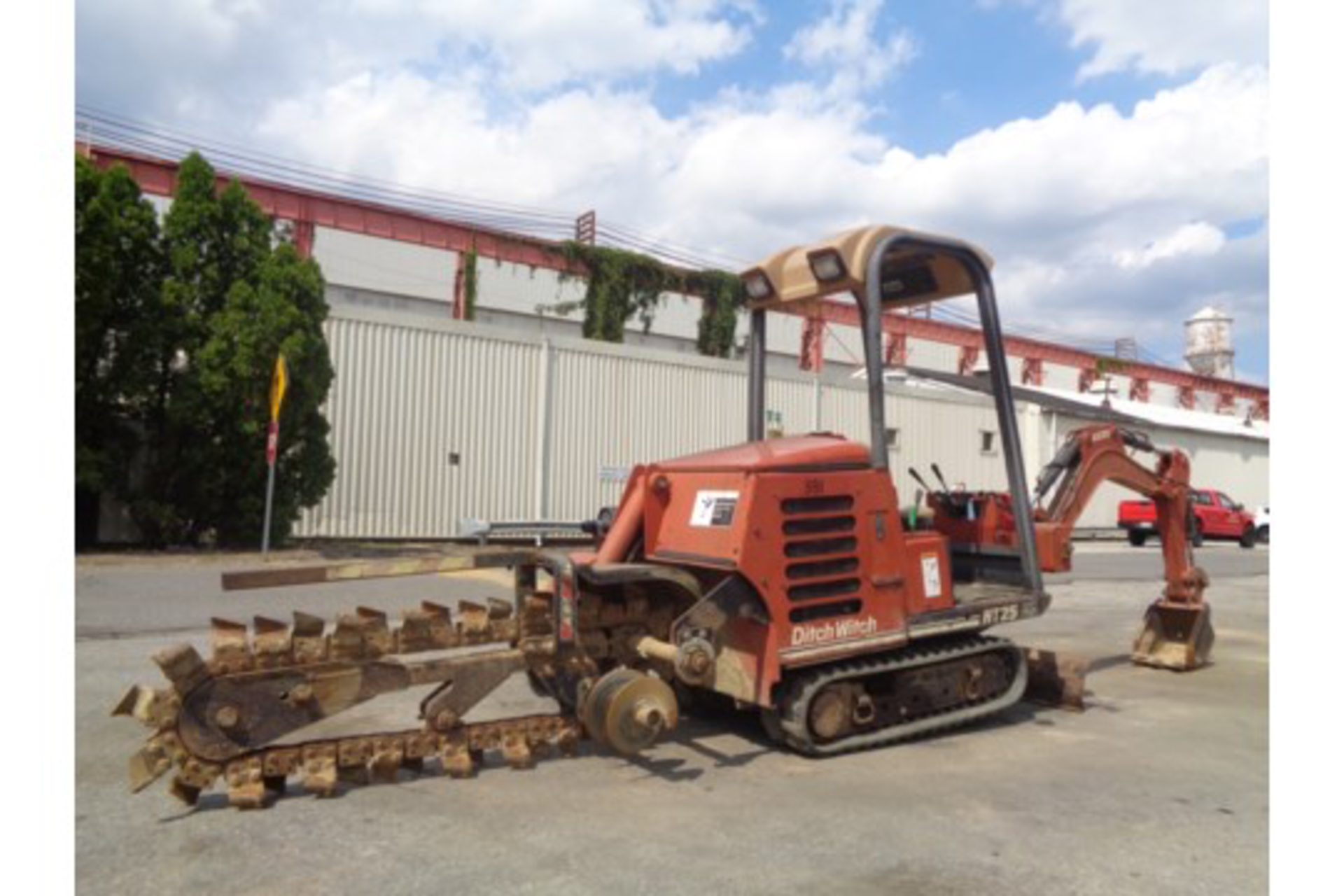 Lot 40 - Ditch Witch HT25K Trencher and Backhoe