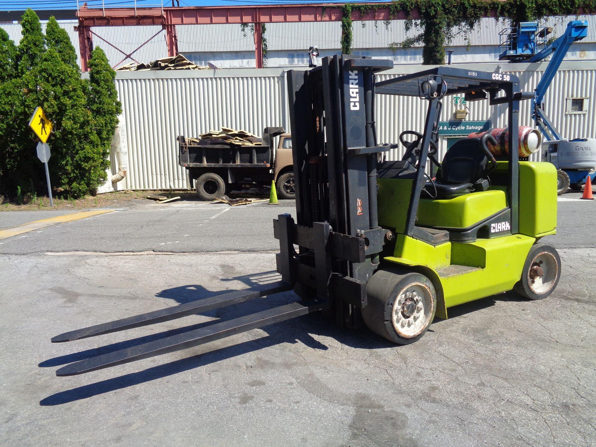 2014 Clark CGC500 10,000 lb Forklift - Image 5 of 12