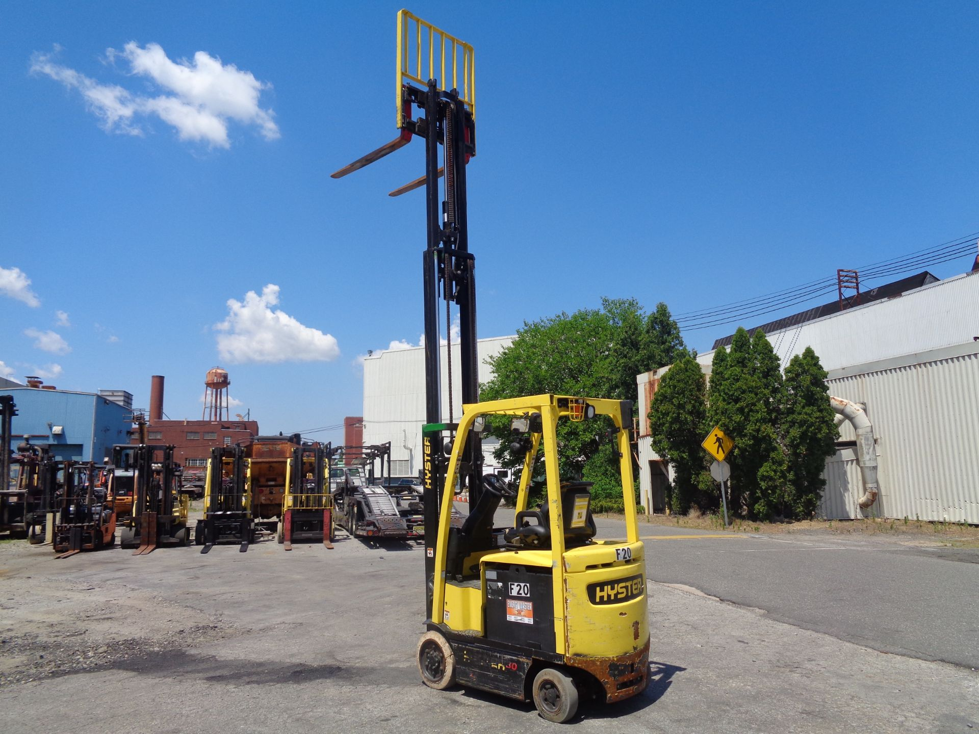 2016 Hyster E30XN 3,000lb Forklift - Image 15 of 18
