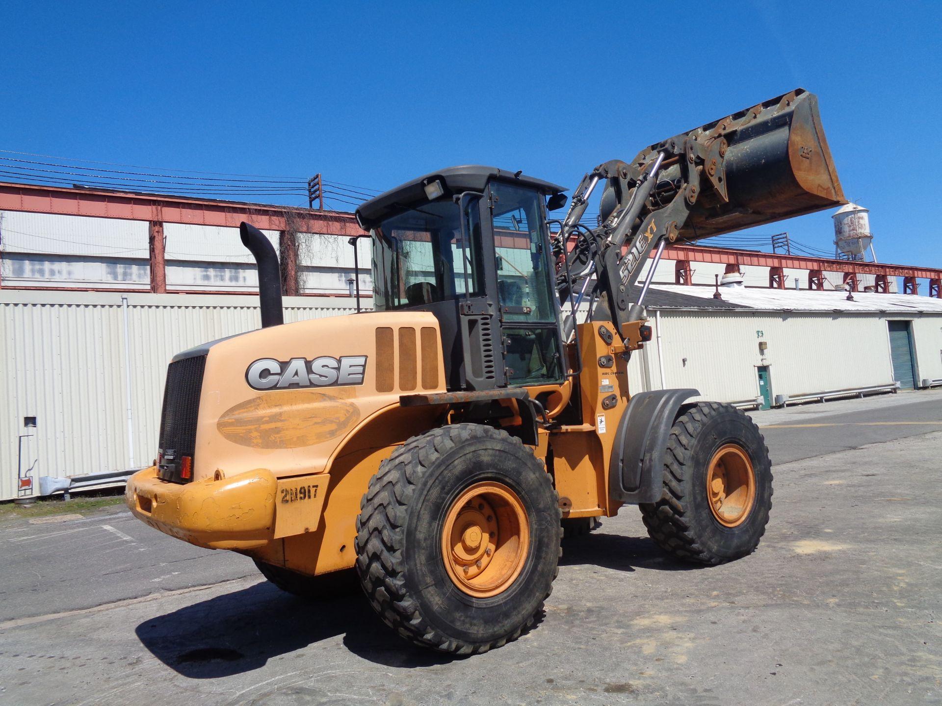 Lot 37 - 2013 Case 512E Wheel Loader