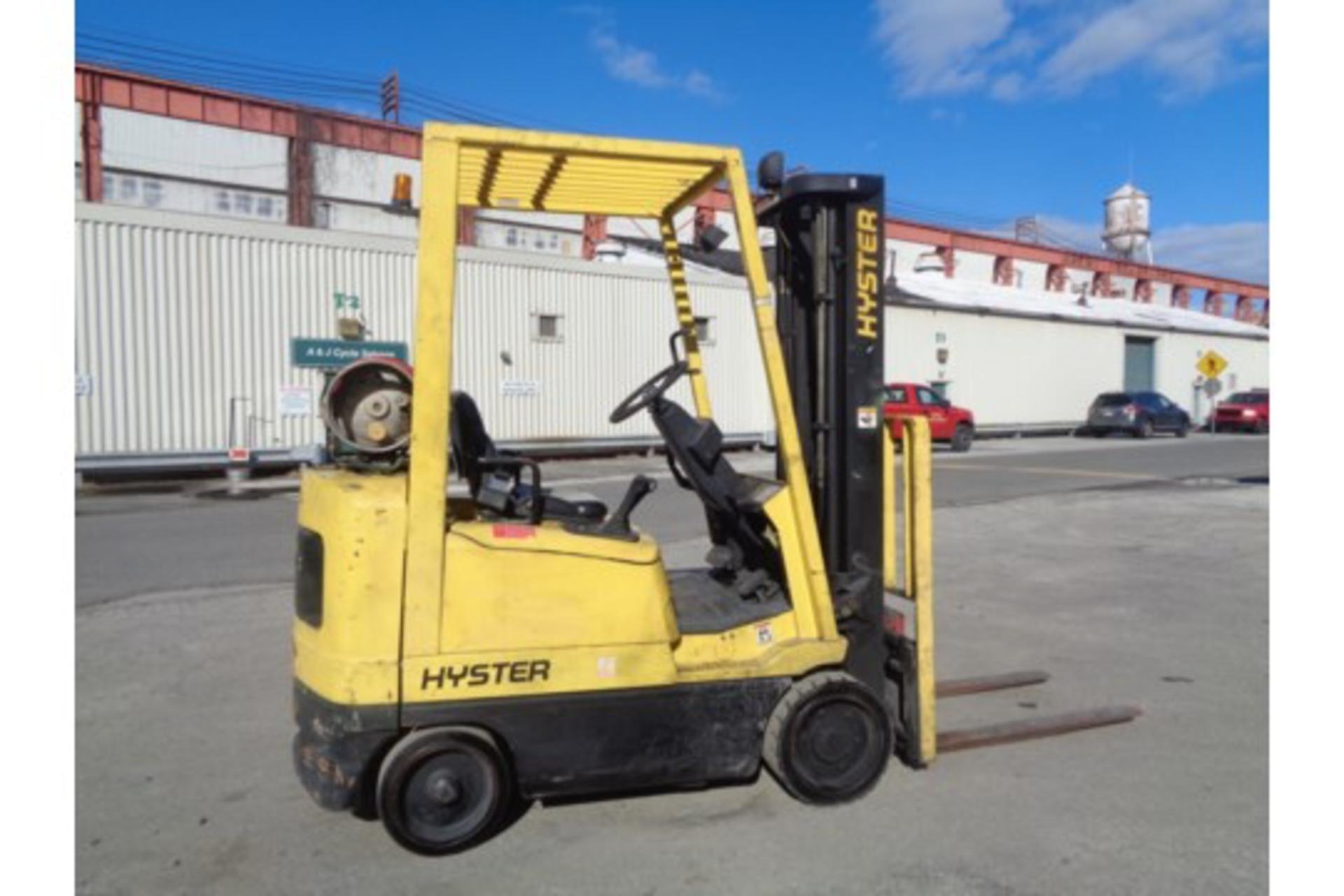 Hyster S35XM 3,500lb Forklift - Image 2 of 15