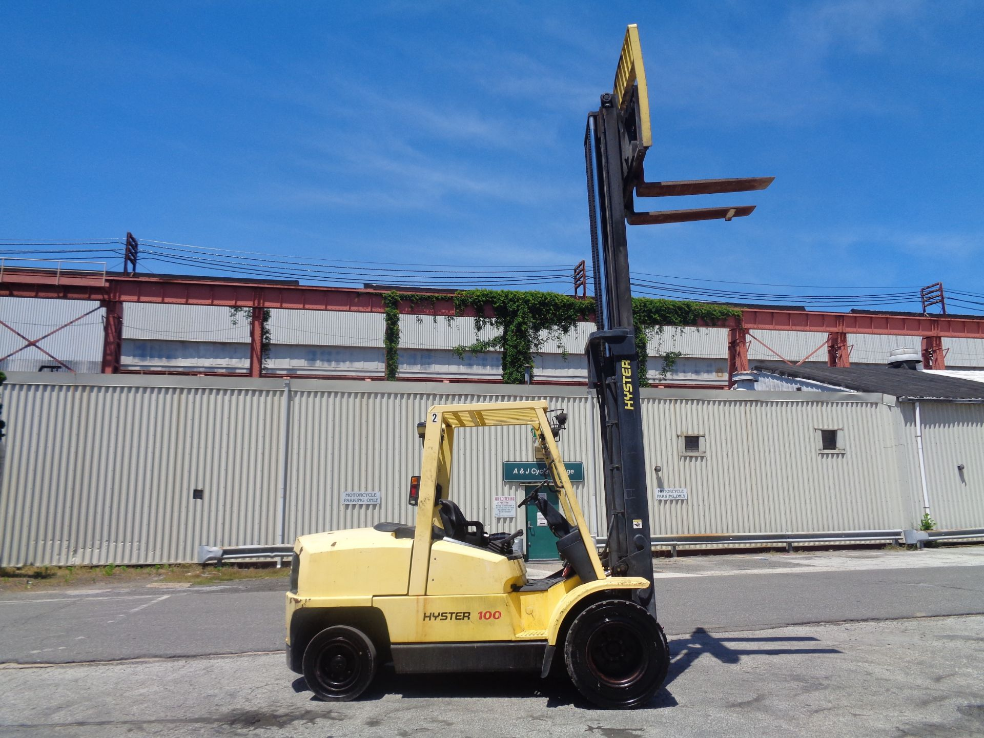 Hyster H100XM 10,000lb Forklift - Image 9 of 10