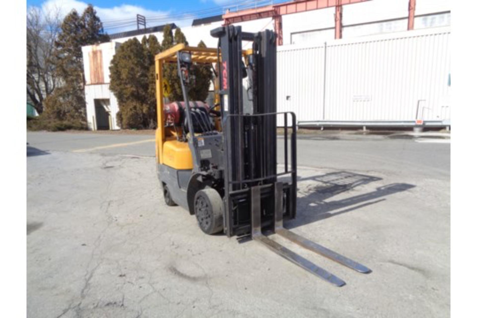 TCM FCG15F9 3,000lb Forklift - Image 4 of 16