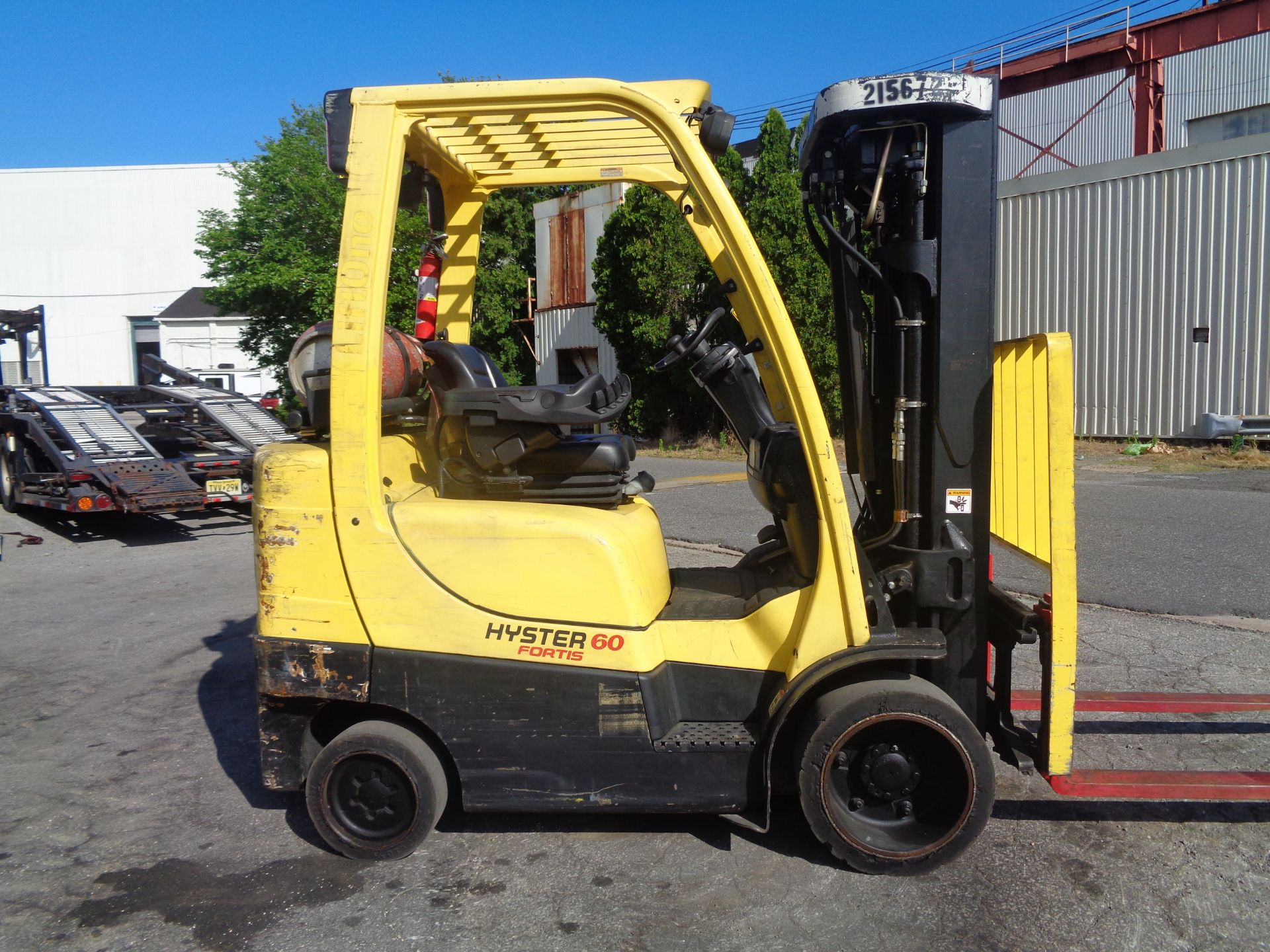 2012 Hyster S60FT 6,000lb Forklift - Quad Mast - Image 6 of 13
