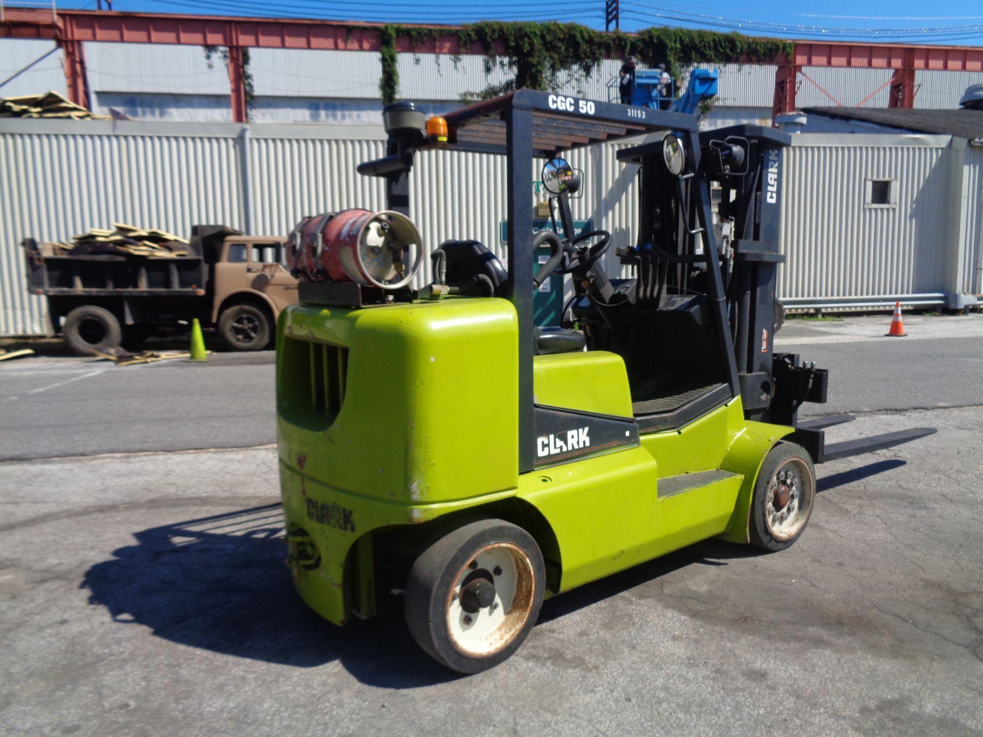2014 Clark CGC500 10,000 lb Forklift - Image 8 of 12