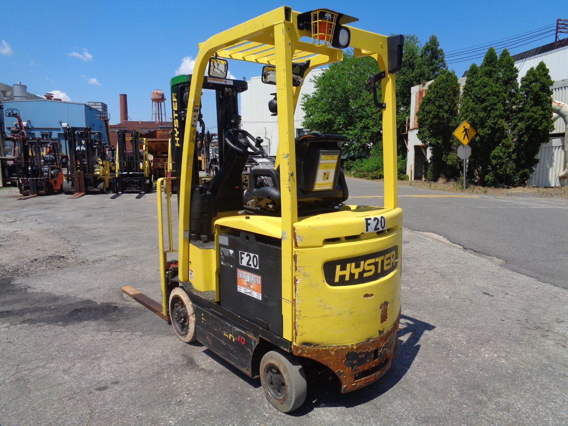 2016 Hyster E30XN 3,000lb Forklift - Image 10 of 18